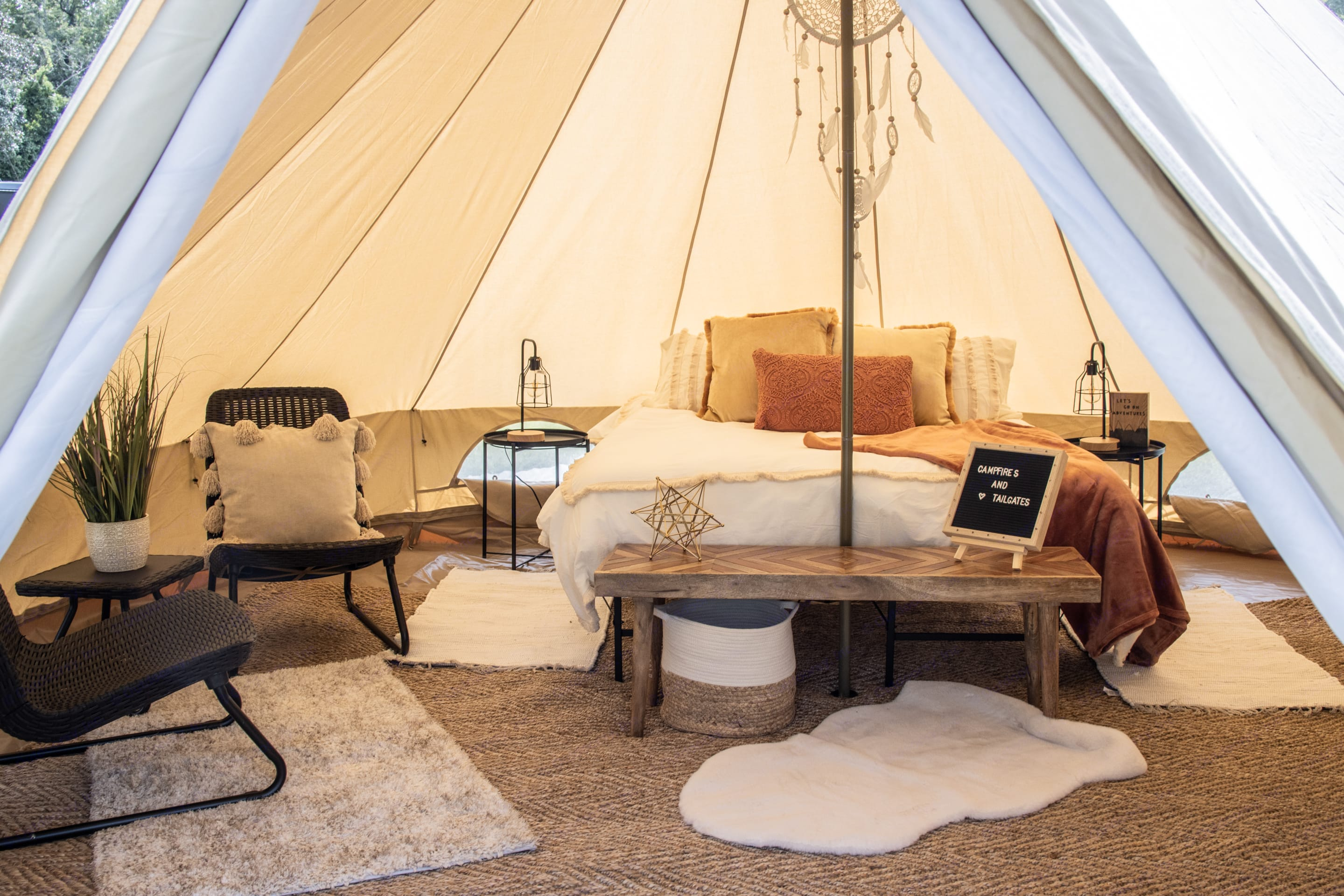 Package 1/Couple Glamping. Bell Tent Bell Tent 2020