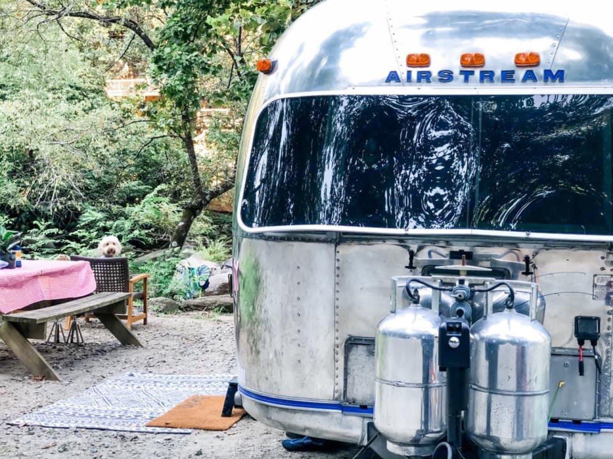 Airstream Ambassador 1977