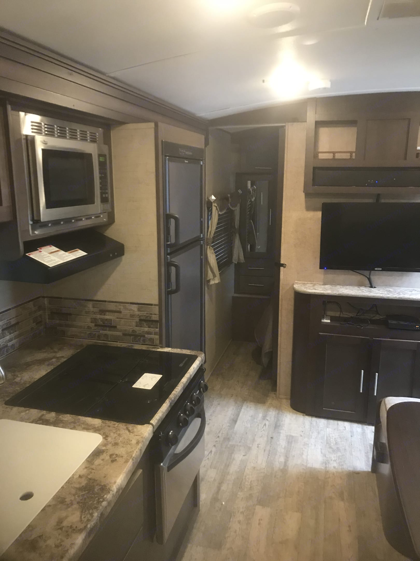 Lots of space in the living room. Forest River Surveyor 2016