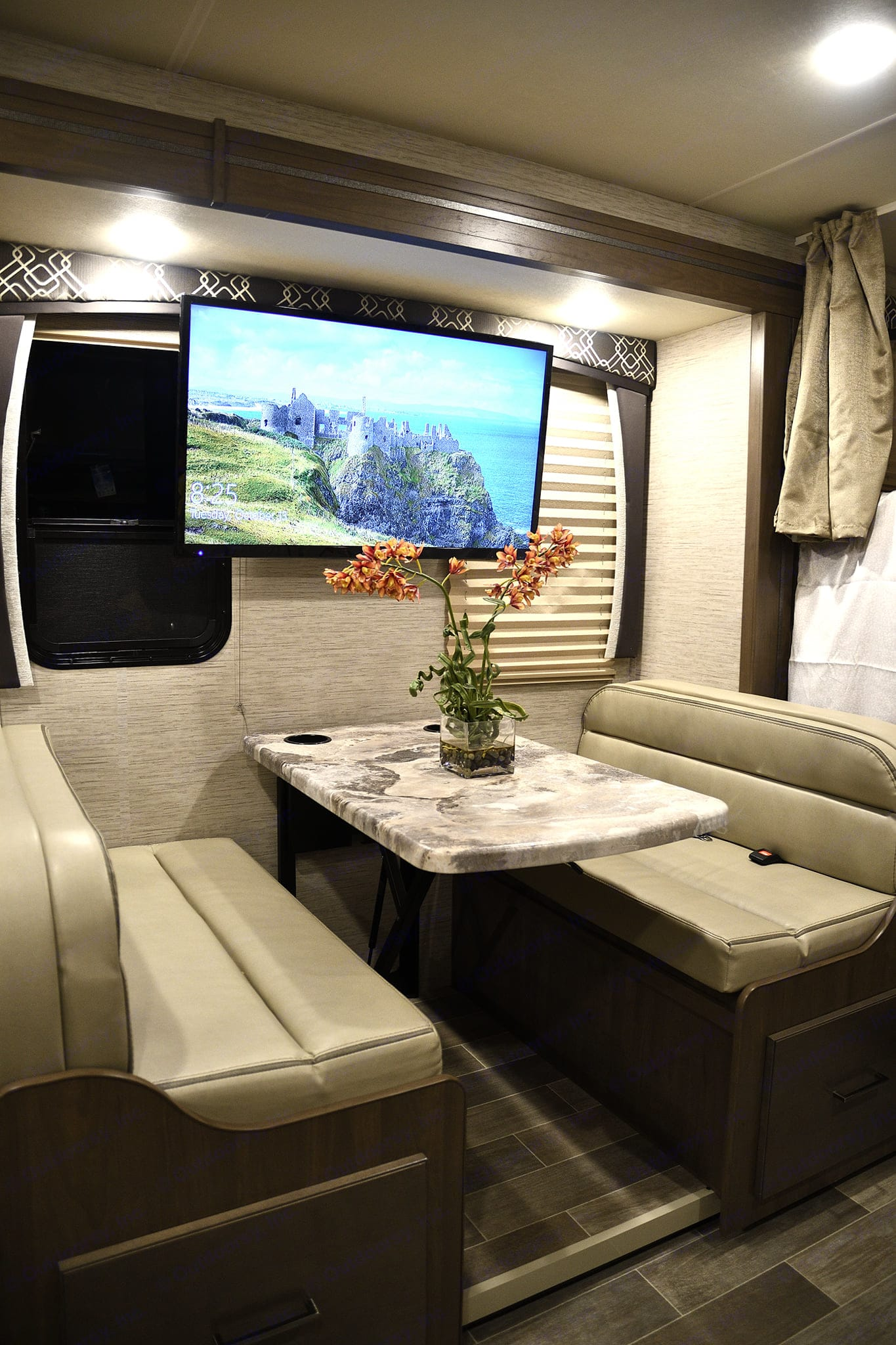 Dinette can be converted to a bed. Thor Motor Coach Chateau 2021