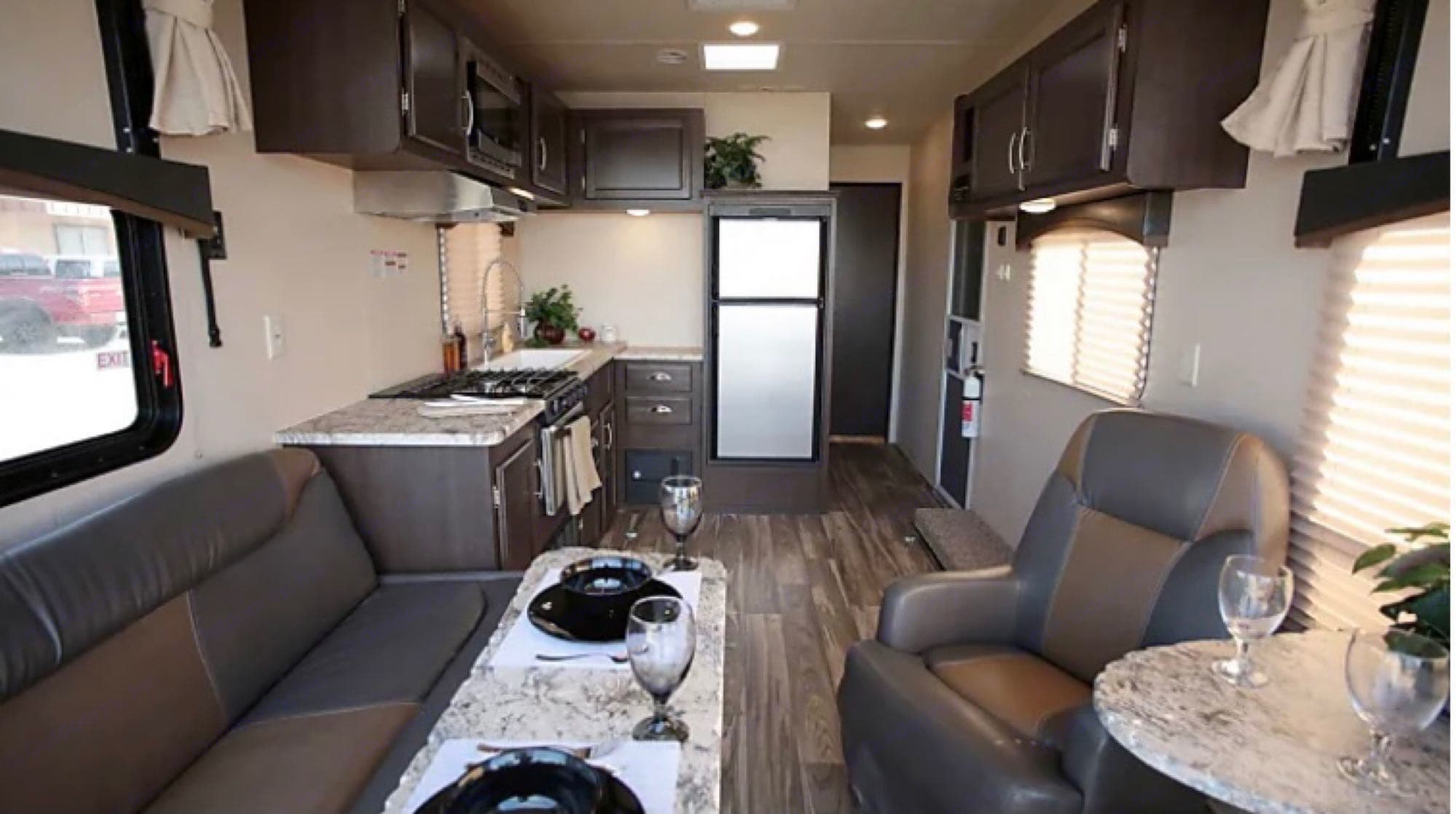 Perfect layout for friends and family. Forest River Stealth 2018