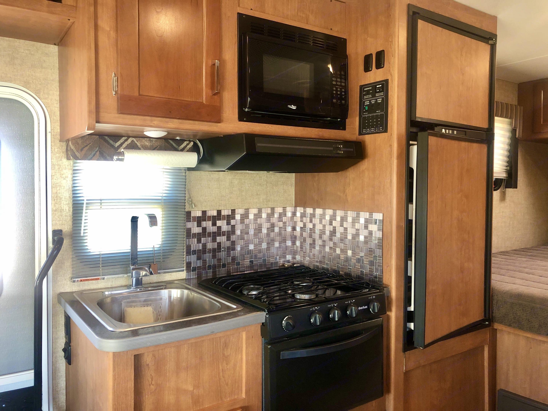 Kitchen. Winnebago Other 2019