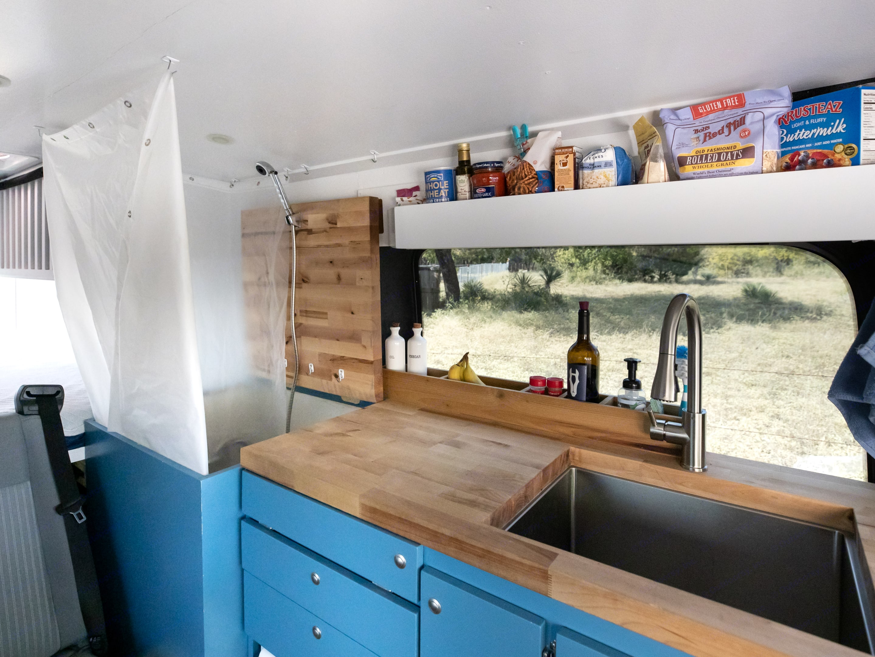 Kitchen counter folds up for indoor shower. Ford Custom Transit 2016