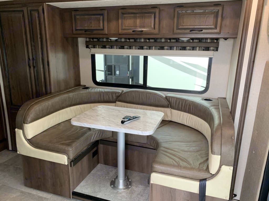 dining area which can turn into bed. coachman Prism 2018