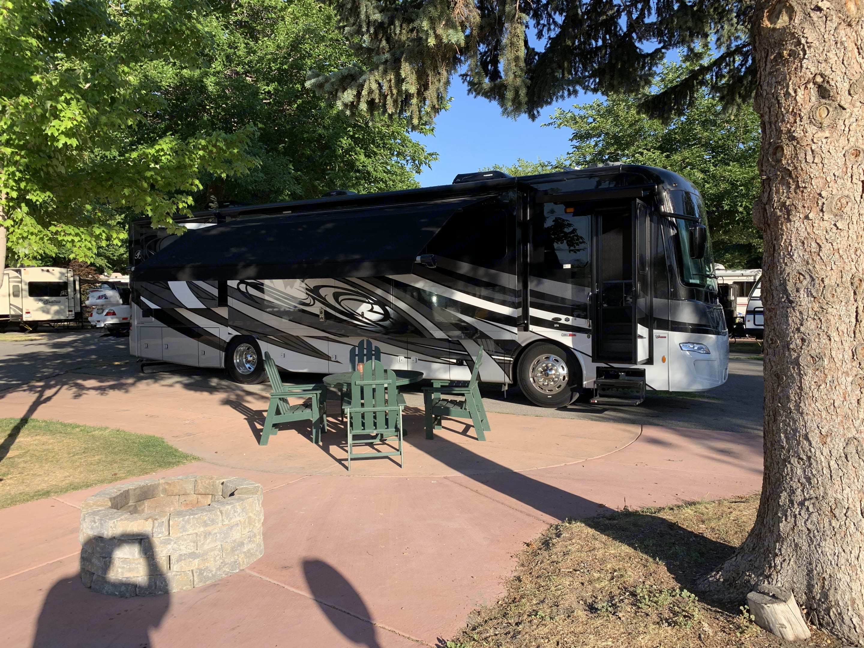 KOA Campground camping. Luxury Forest River Berkshire 2020