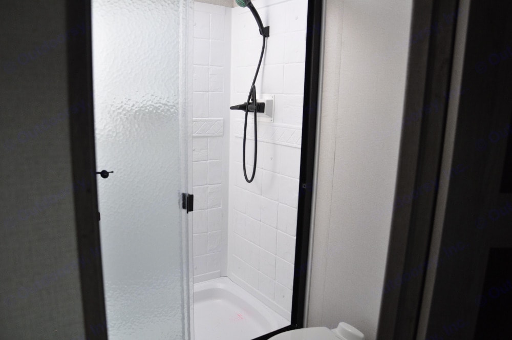 Bathroom. Keystone Outback 2021