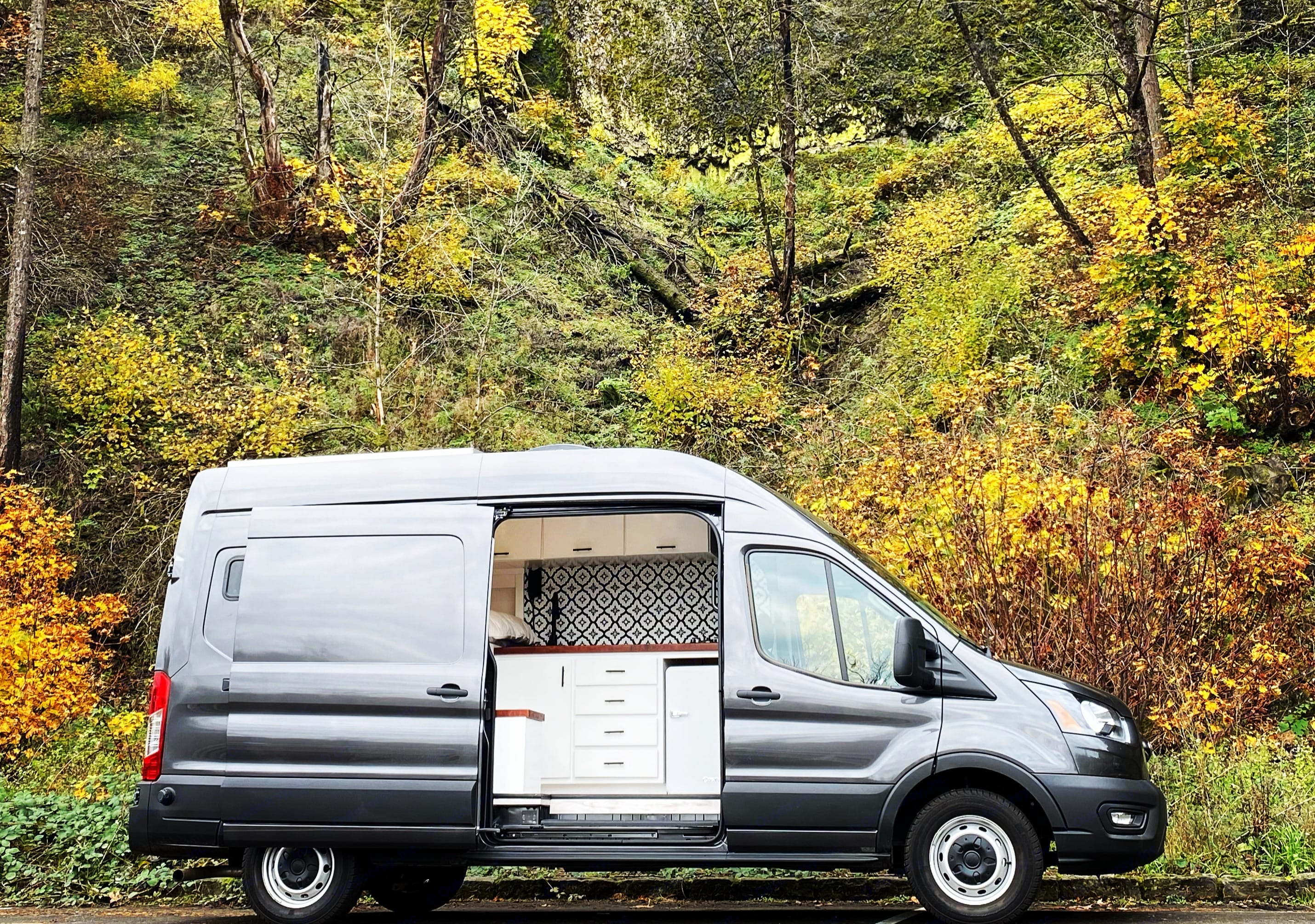 """Willow is a high-roof, long-body van so you can stand upright (up to 6'2"""")!. Ford Transit 2020"""