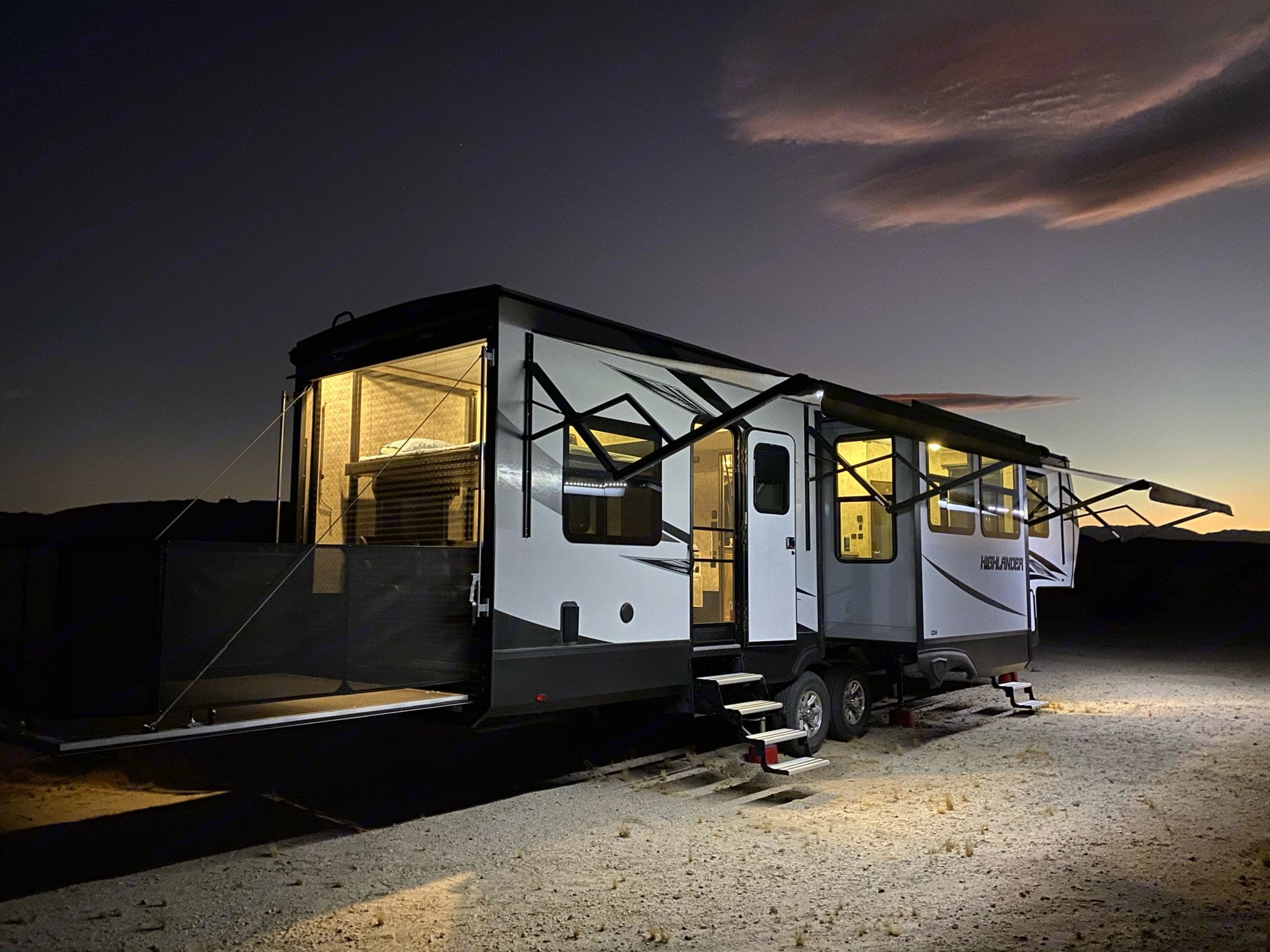 Rear ramp converts into a relaxing porch.. Open Range Highlander 2018