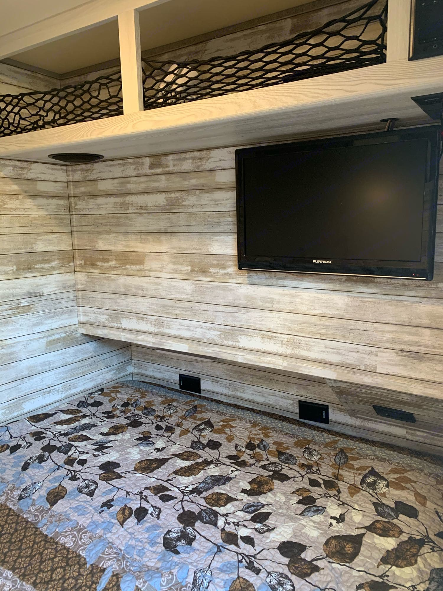 Tv with DVD player. Forest River Epro 2018