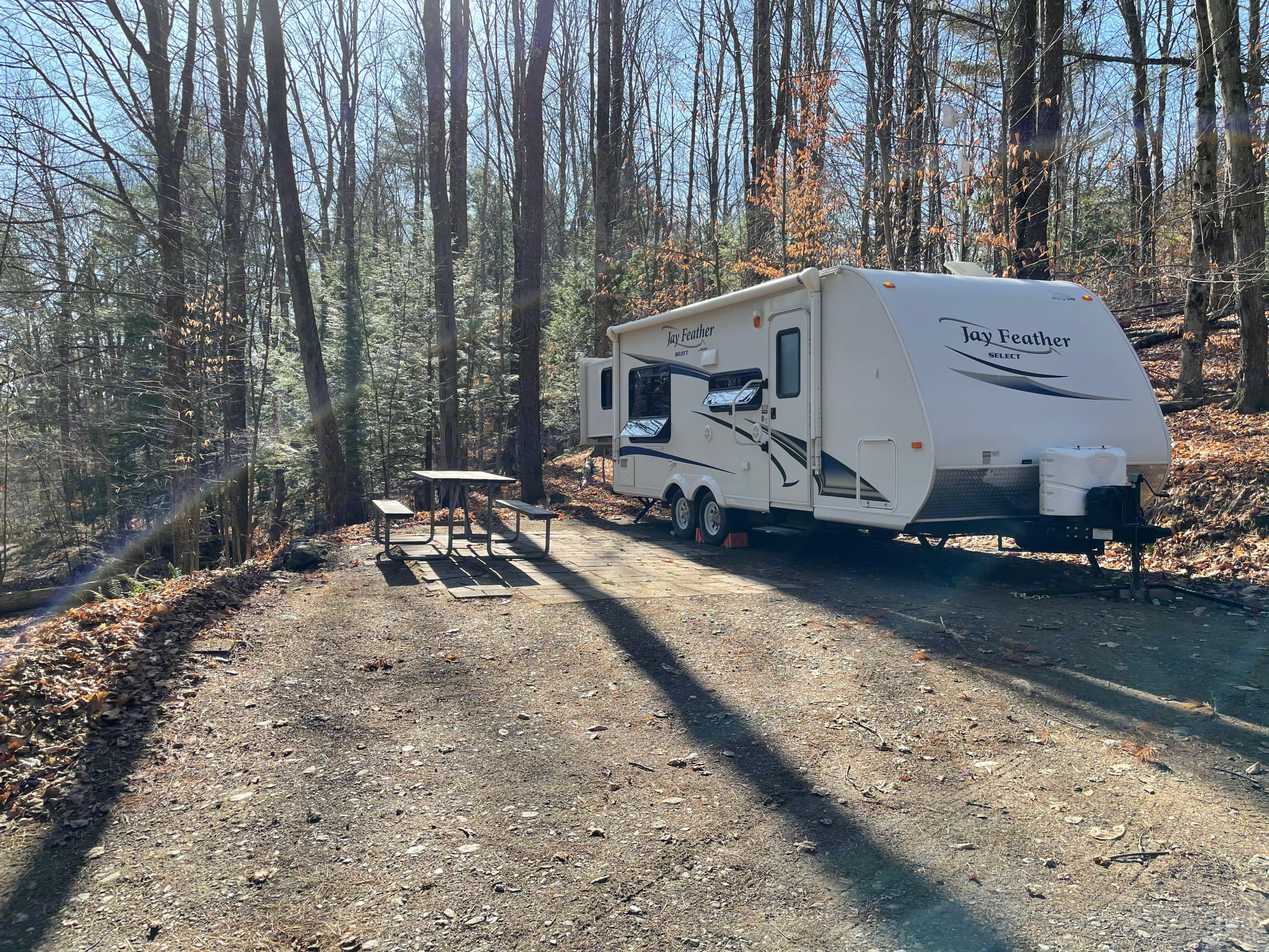 Cruz, the cozy camper waiting to help you have go explore and make memories.. Jayco Jay Feather Select 2011