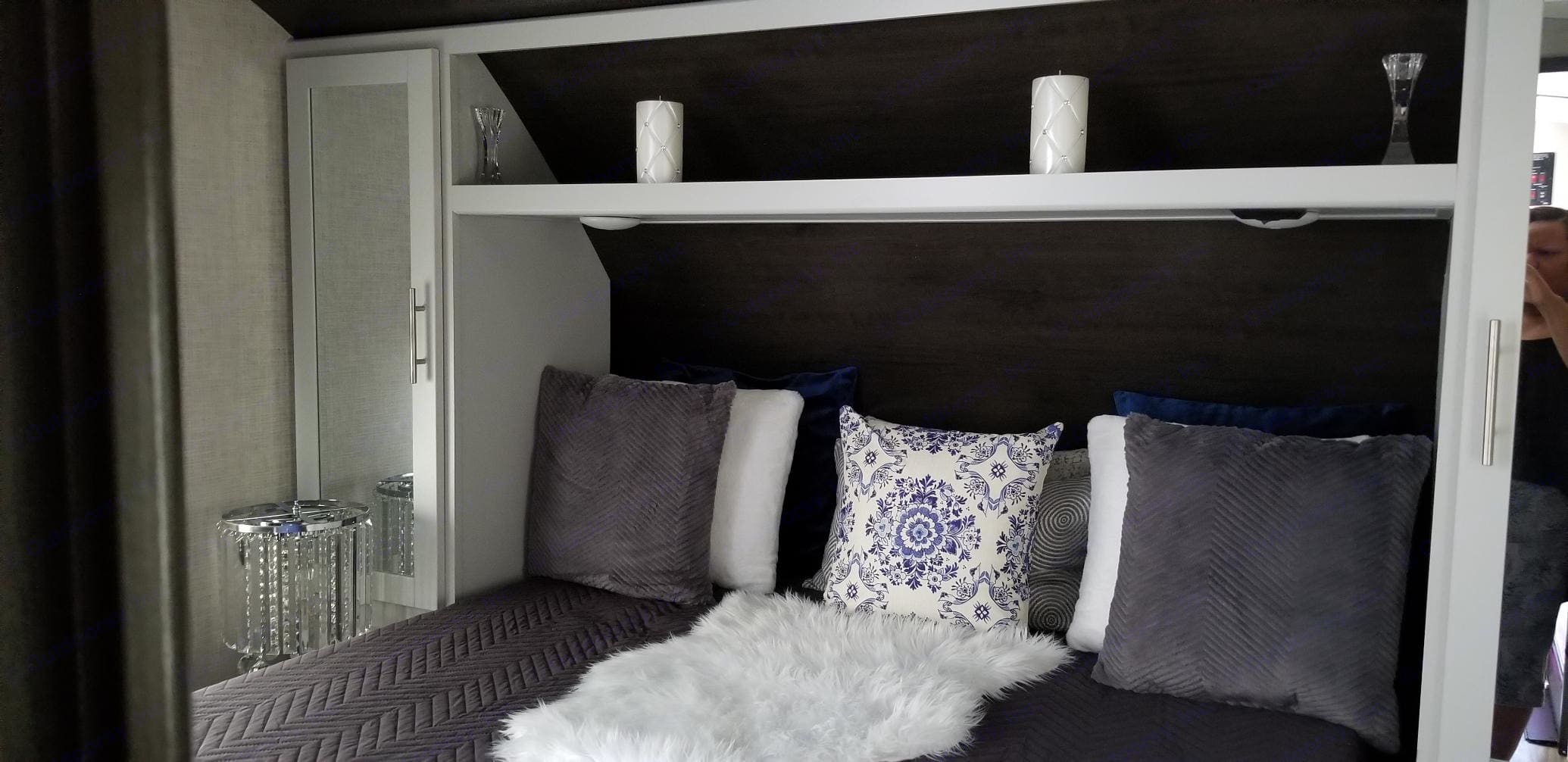 Bedroom. Keystone Premier 2020