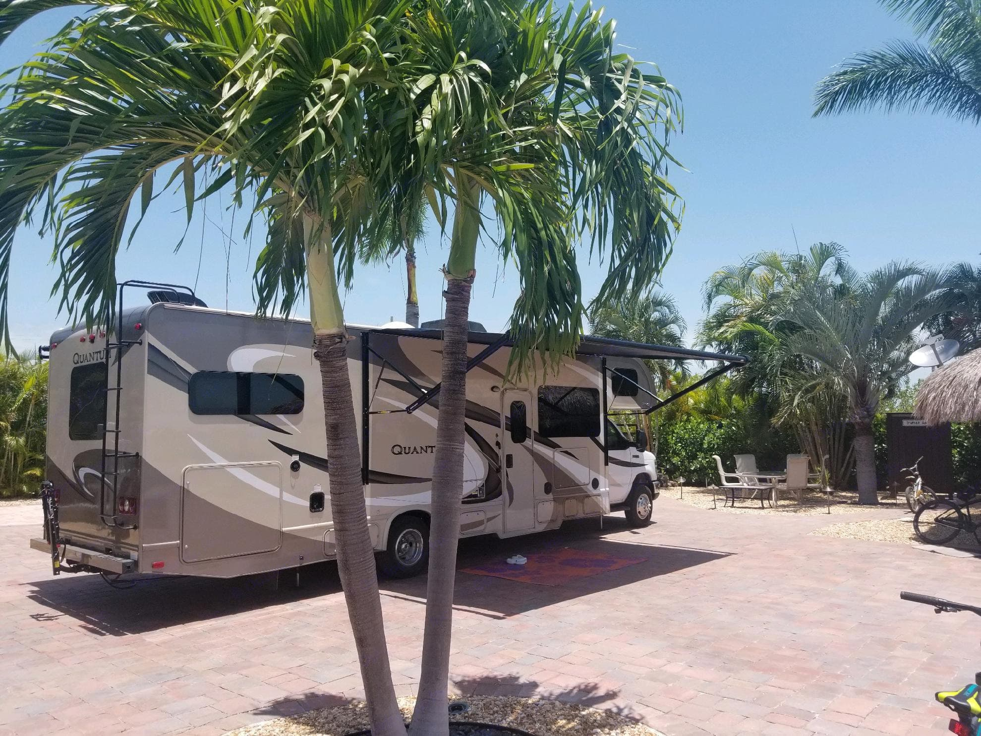 A Very Easy driving RV with LOTS of Room for those Ultimate Adventures!!   2019 Renters Photo. Thor Quantum 2017