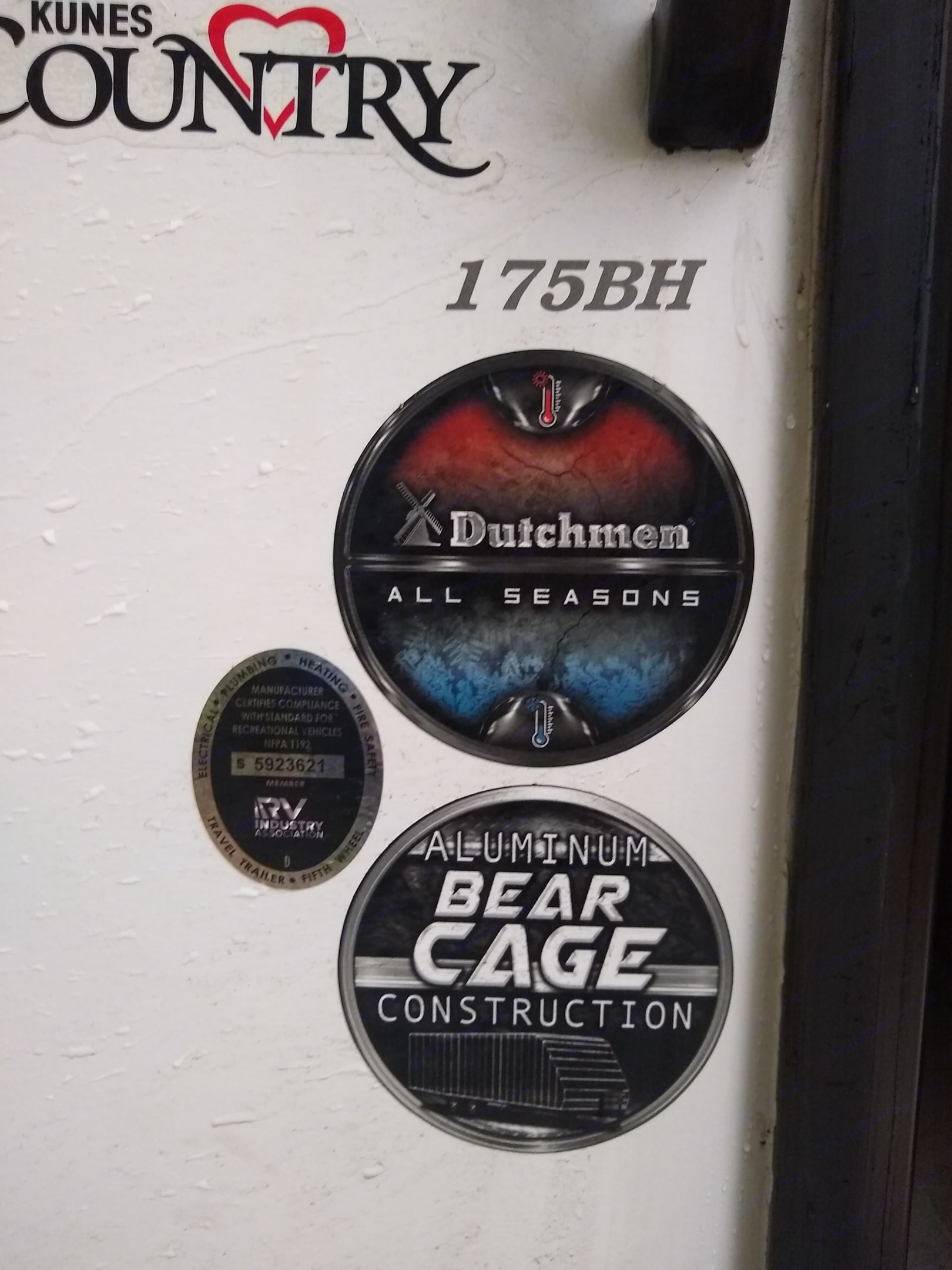All-Season and Bear Cage certs. Dutchmen Kodiak Cub 175BH 2021