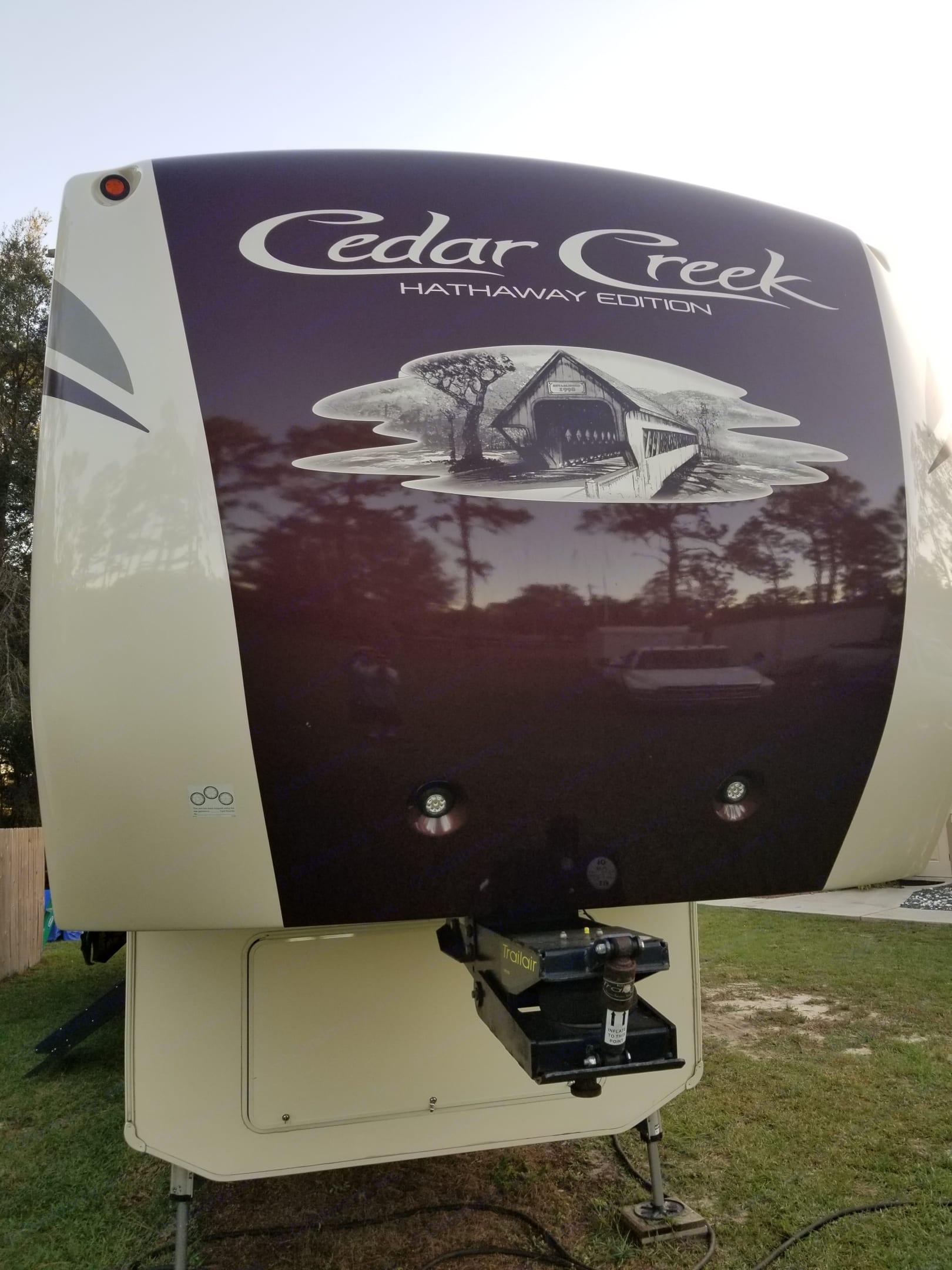 Forest River Cedar Creek Fifth Wheel 2018