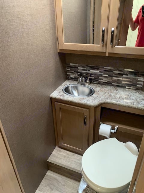 Very nice and clean bathroom.. Thor Motor Coach Four Winds 28A 2019