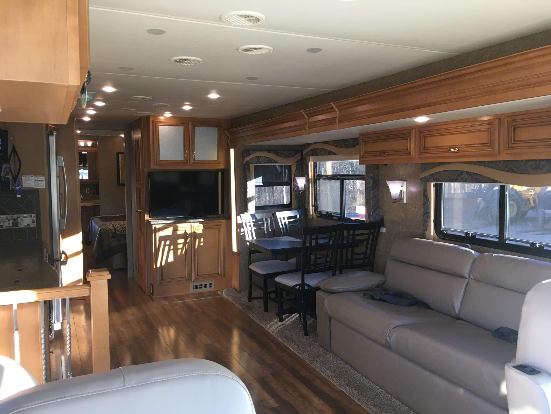 Living Room. Newmar Canyon Star 2015