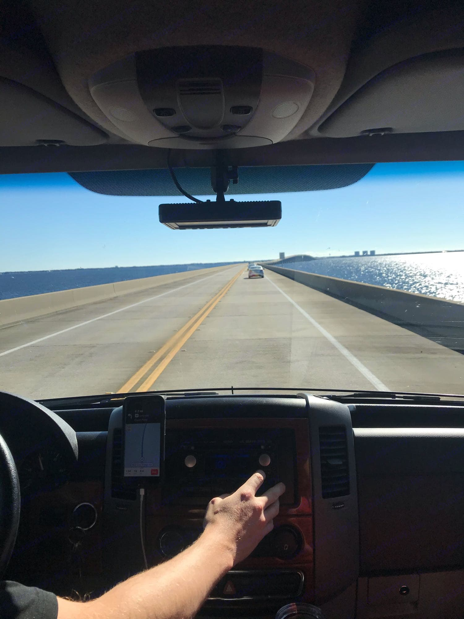 Great visibility for all drivers. Winnebago View 2009