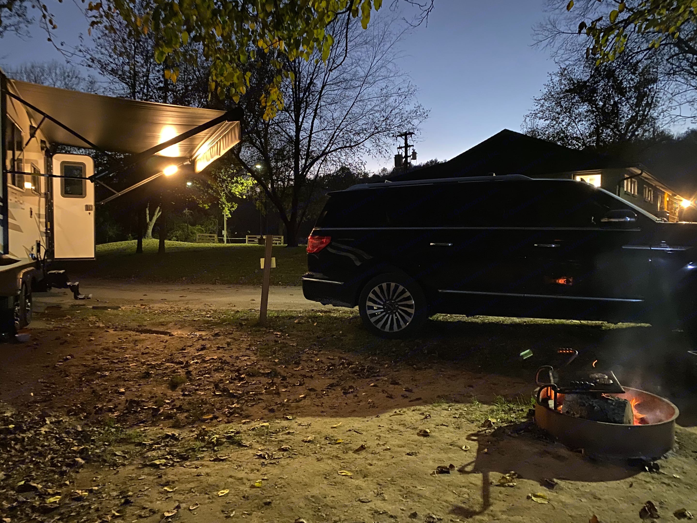 The Beast tows like a champ!. Lincoln Navigator L 2019