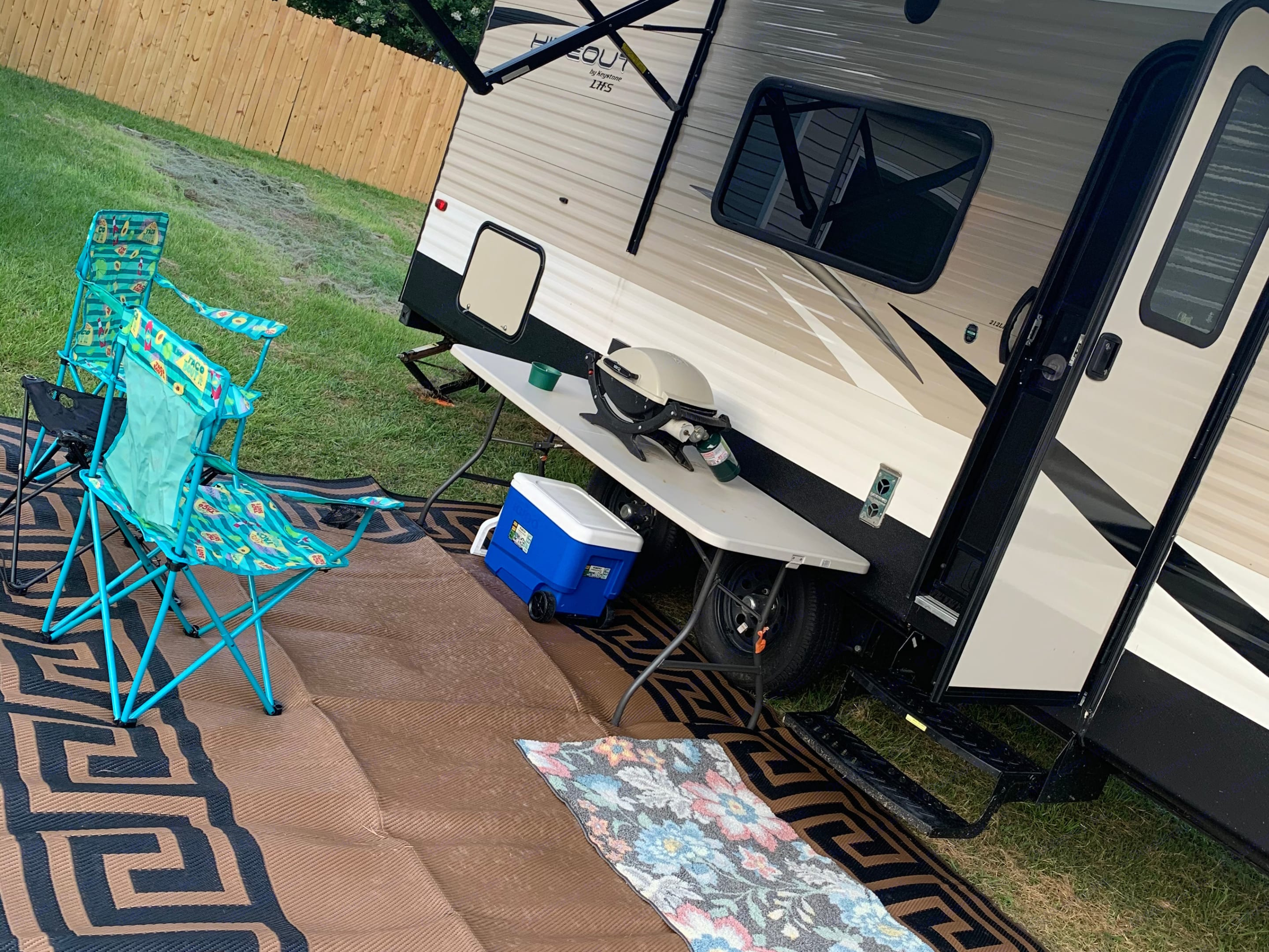 We have two extra chairs in camper storage for your use. Will come with an extra propane tank and a free bundle of firewood.. Keystone Hideout 2019
