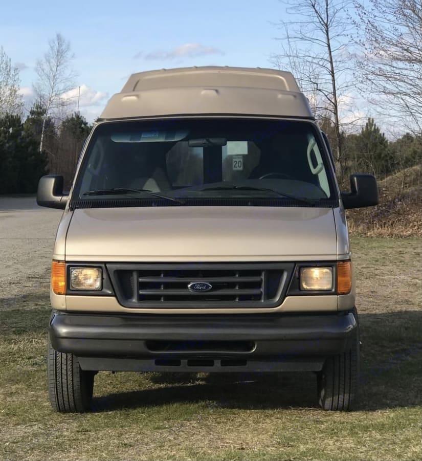 Ford Econolline 250s 2006