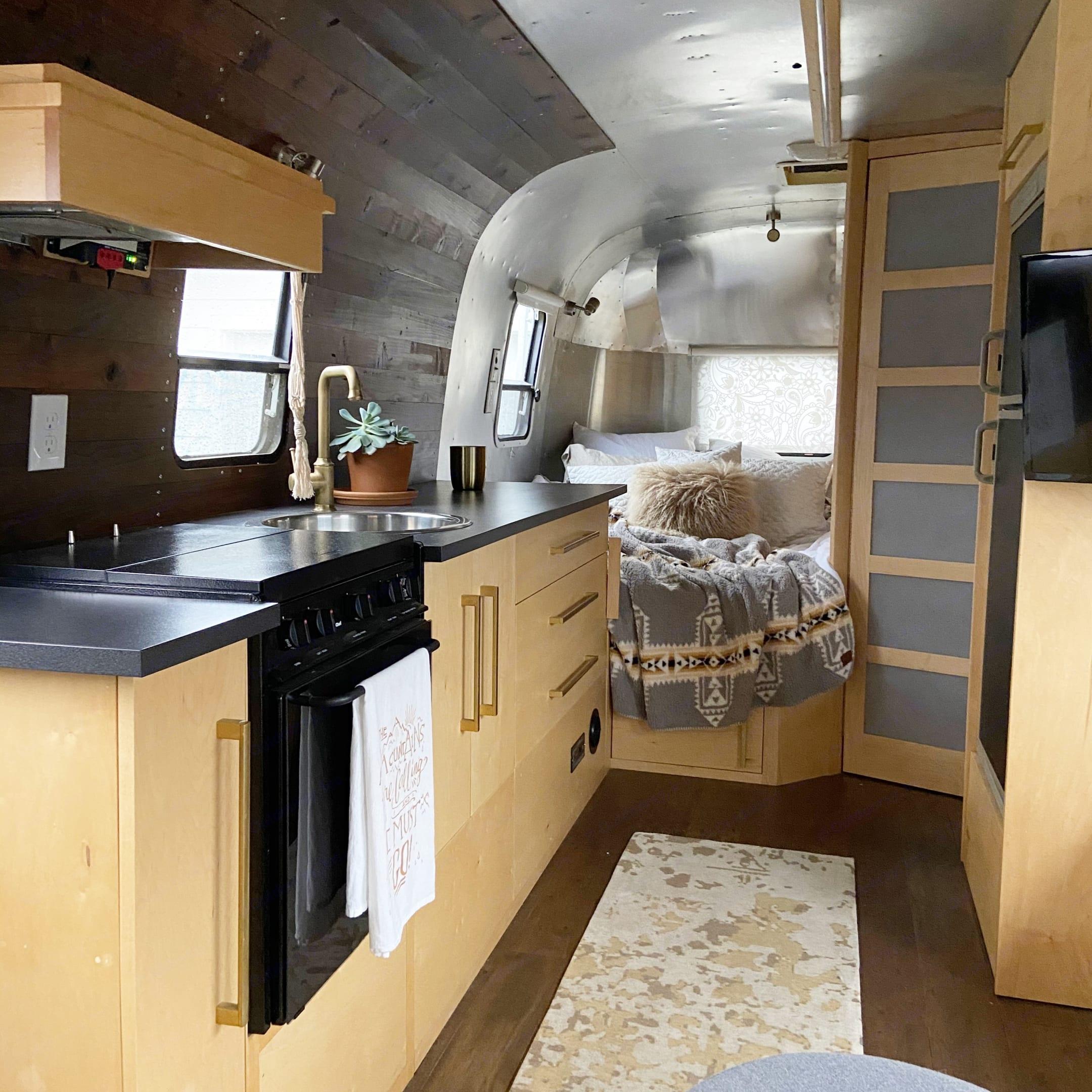 Airstream Safari 2002