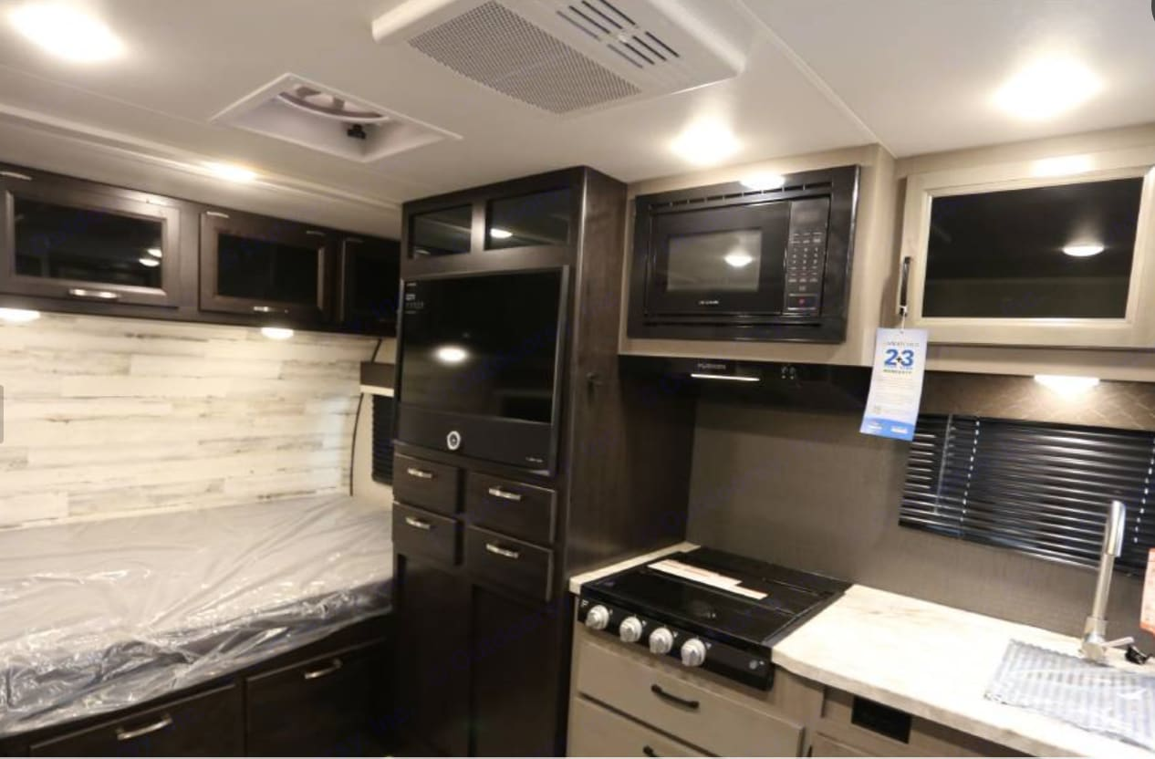 Spacious for small trailer. Jayco Jay Feather Micro 2021