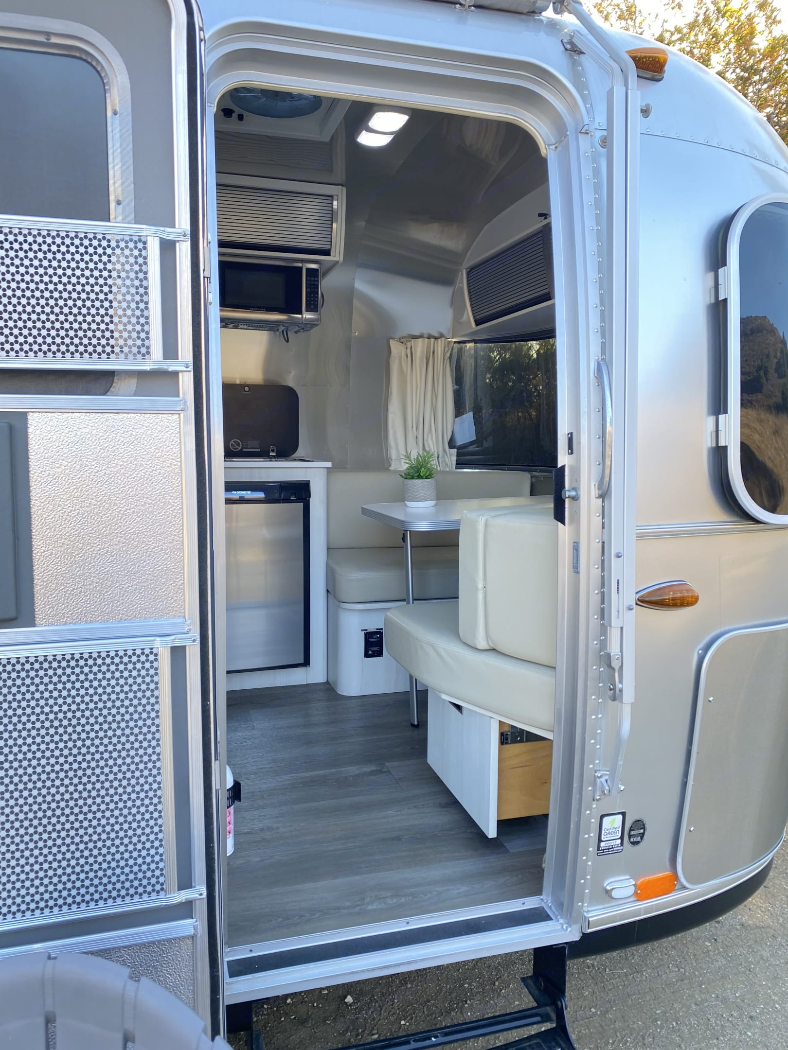 Once you step foot into the Airstream you will notice the difference in qaulity and comforts.  . Airstream Sport 2018
