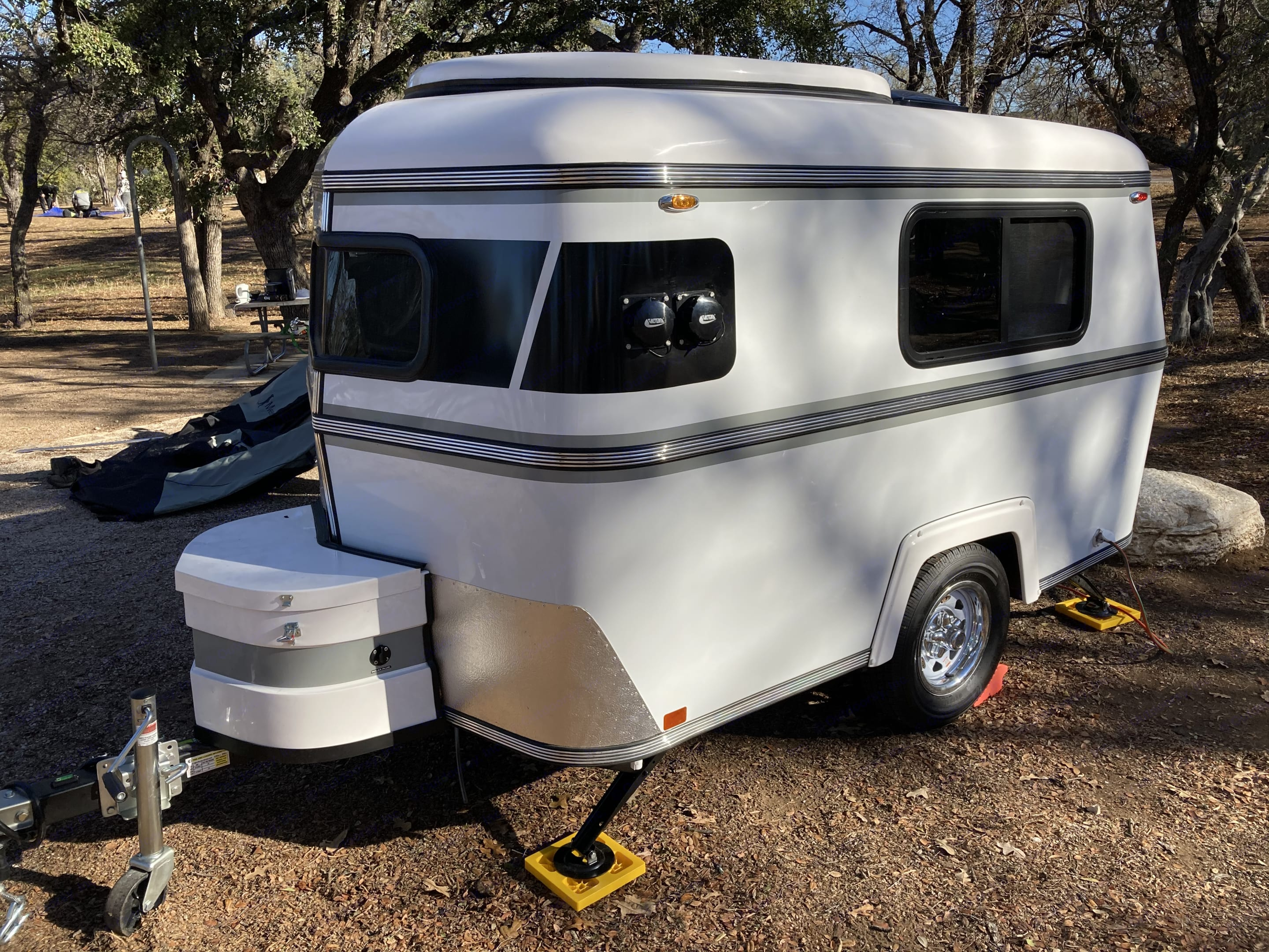 But everything you need is inside. You won't even notice you're pulling a trailer when you're on the road.. Meerkat Mini trailer 2020