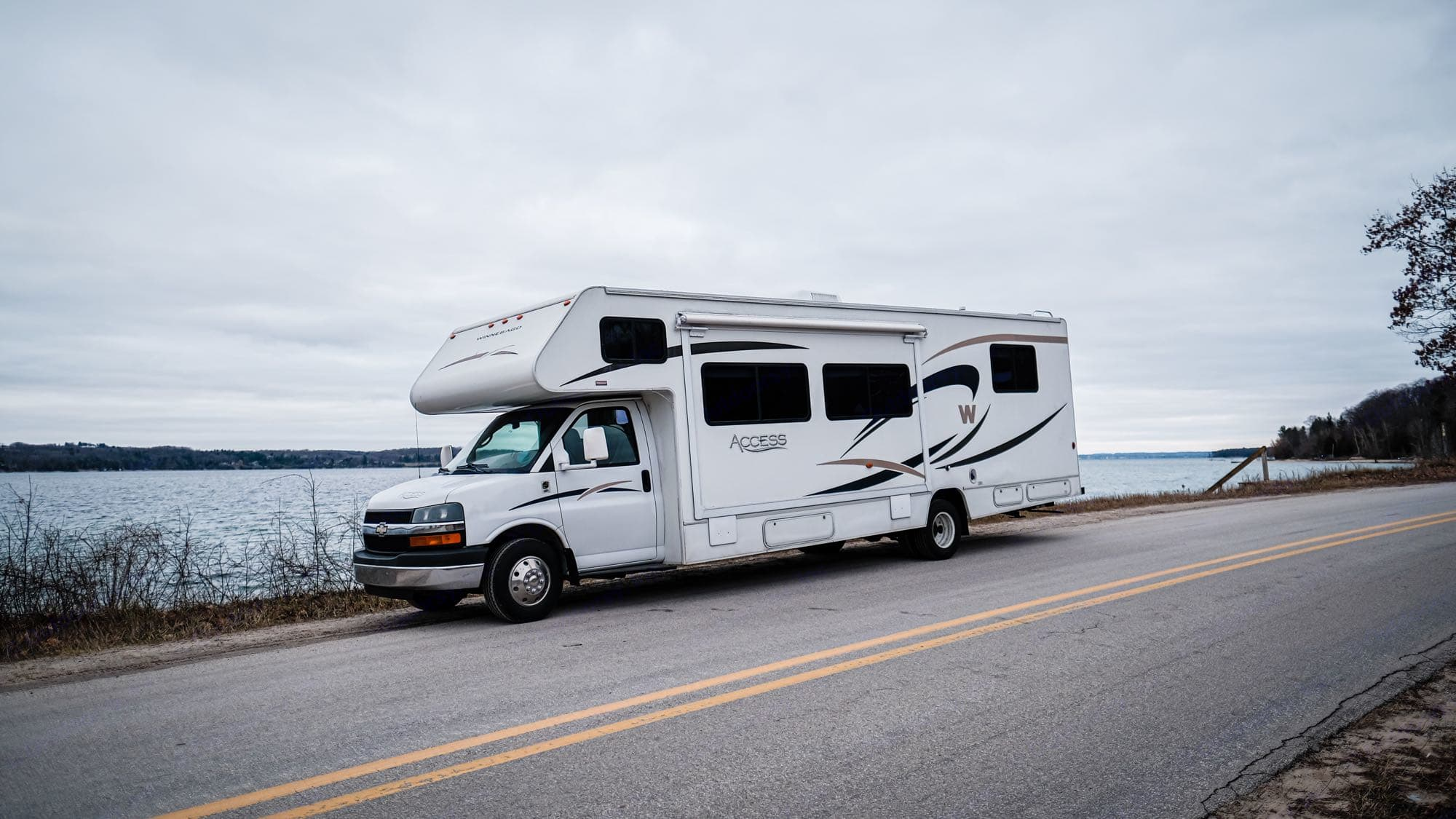 Ready to carry you onto your next adventure!. Winnebago Access 2007