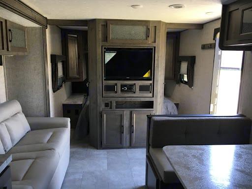 Coachmen Apex 251RBK 2021