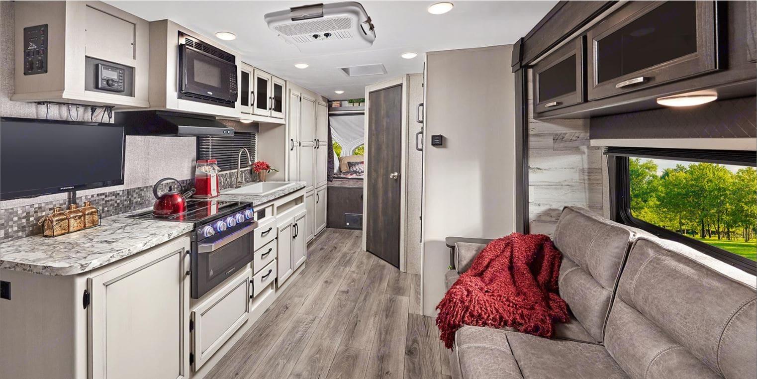 Spacious Interior with 1 huge slideout. Jayco Redhawk 2021