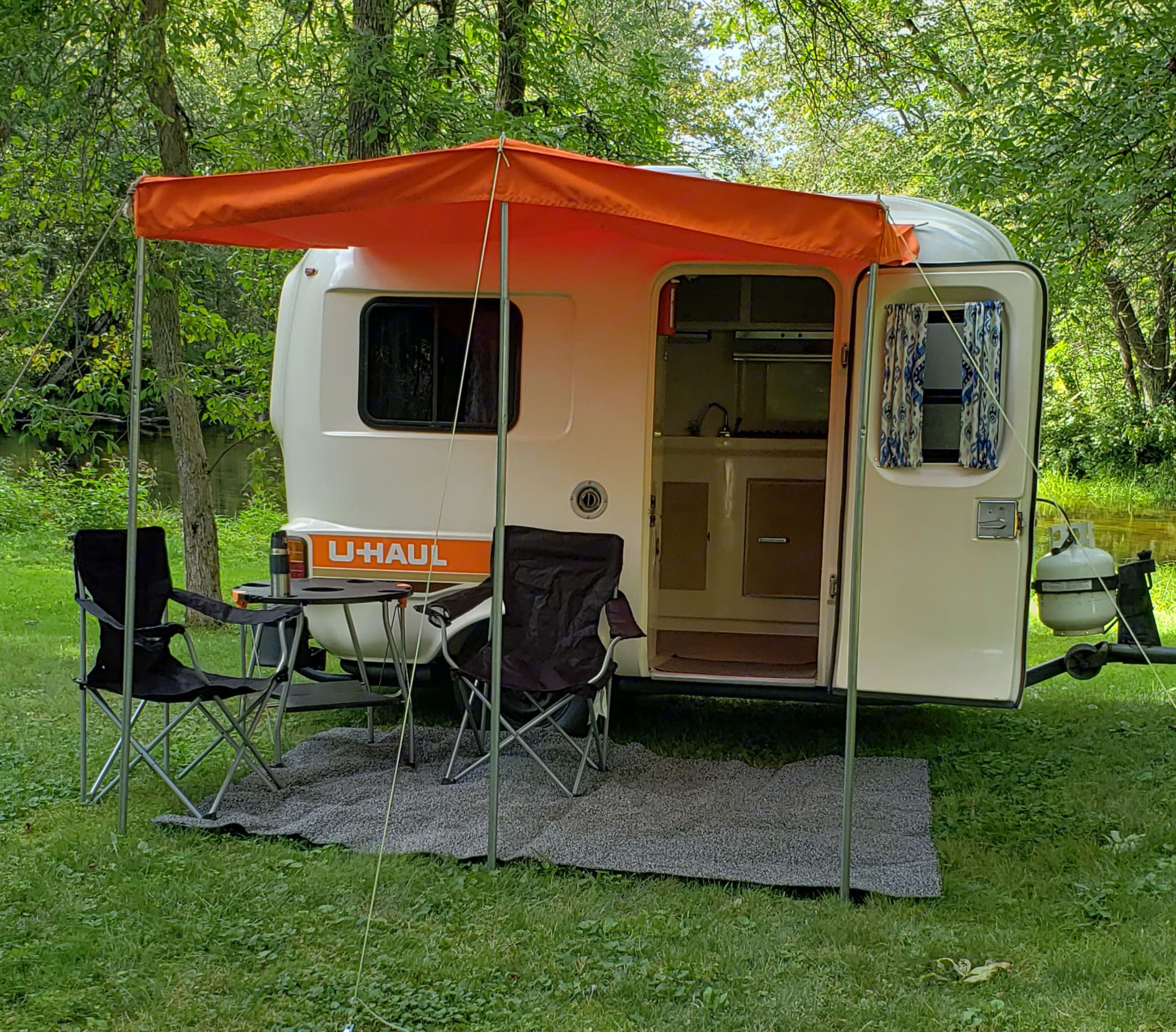 Chill out under the awning. U-Haul CT13 1984