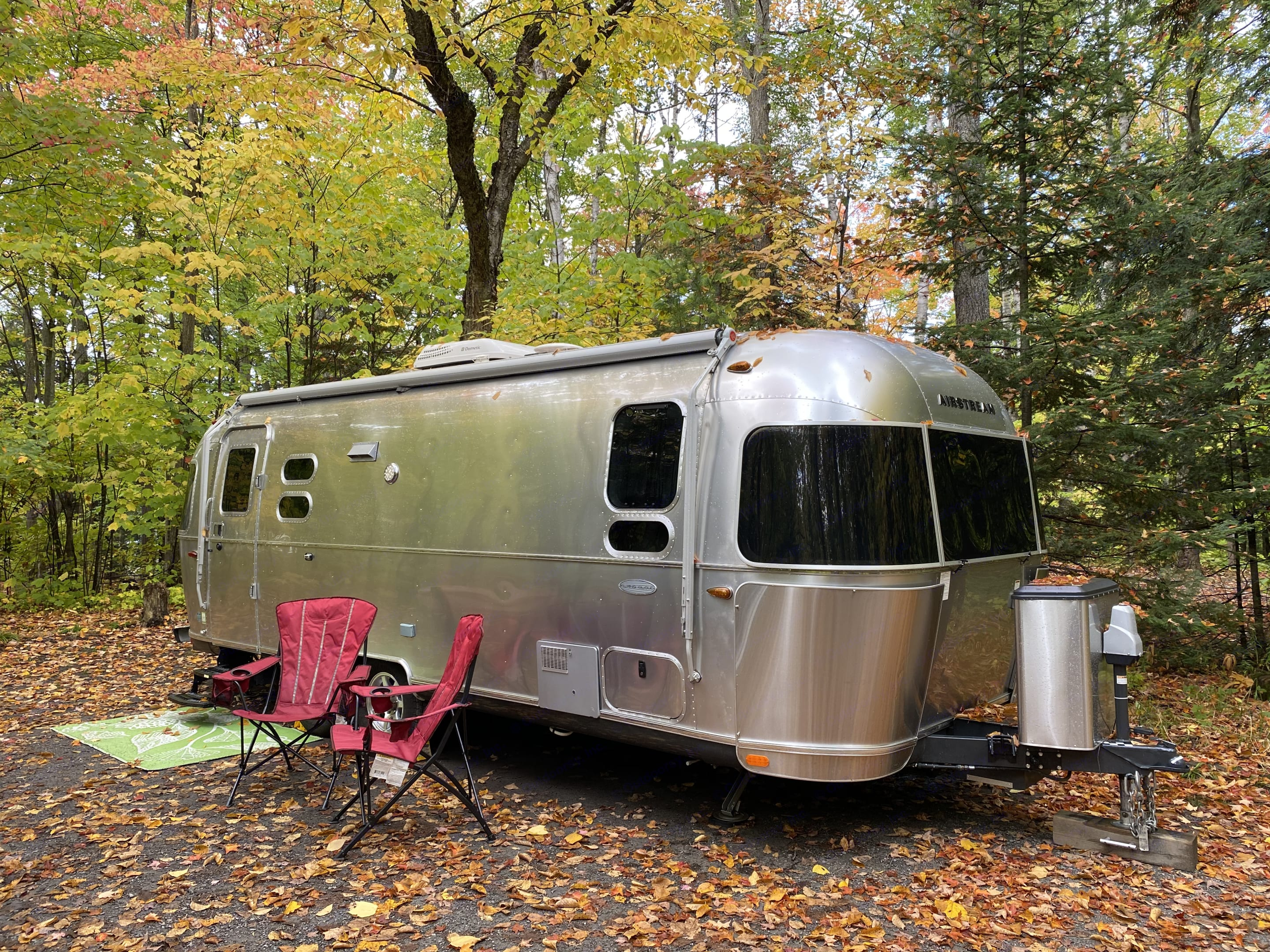 Say hello to our family's prize possession (sorry kids), our 2016 Airstream Flying Cloud 25' FB (front bedroom model).. Airstream Flying Cloud 2016