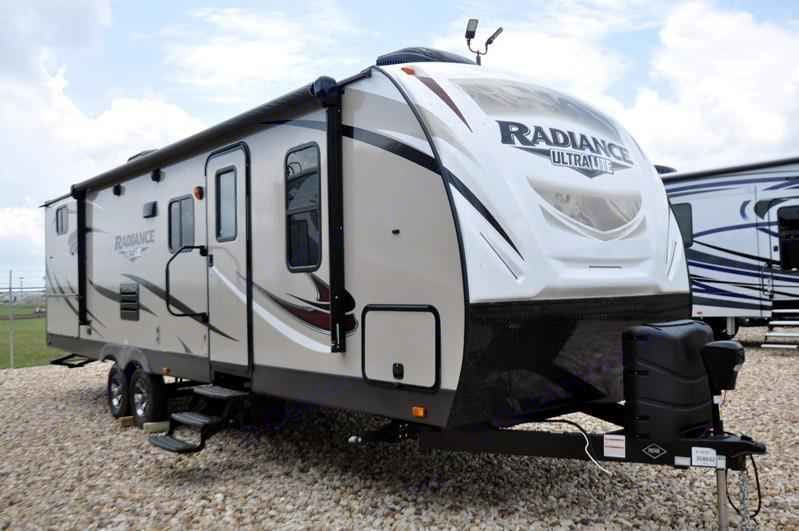 Radiance 28QD. Cruiser Rv Corp Radiance 2018