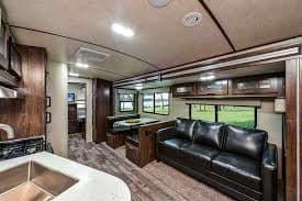 Living Area. Cruiser Rv Corp Radiance 2018