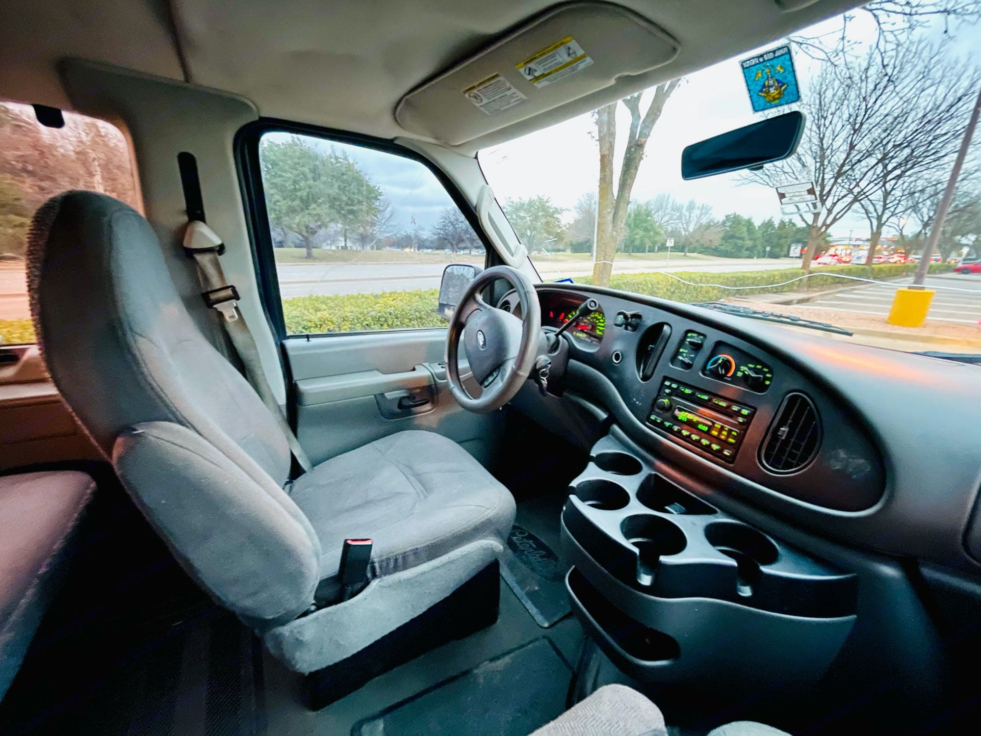 Ford Ford E350 2006
