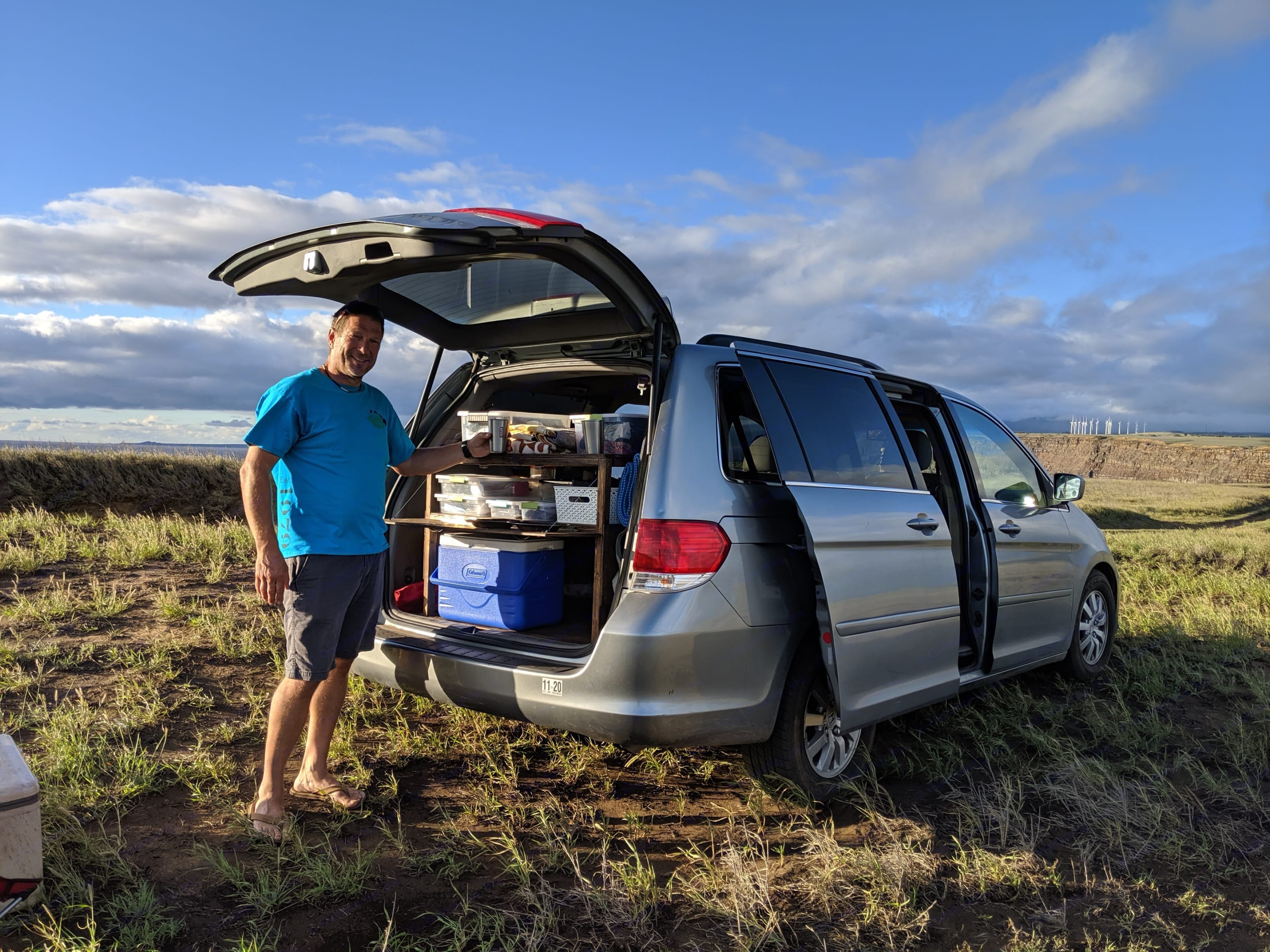 All you need to have a meal. honda odyssey 2008