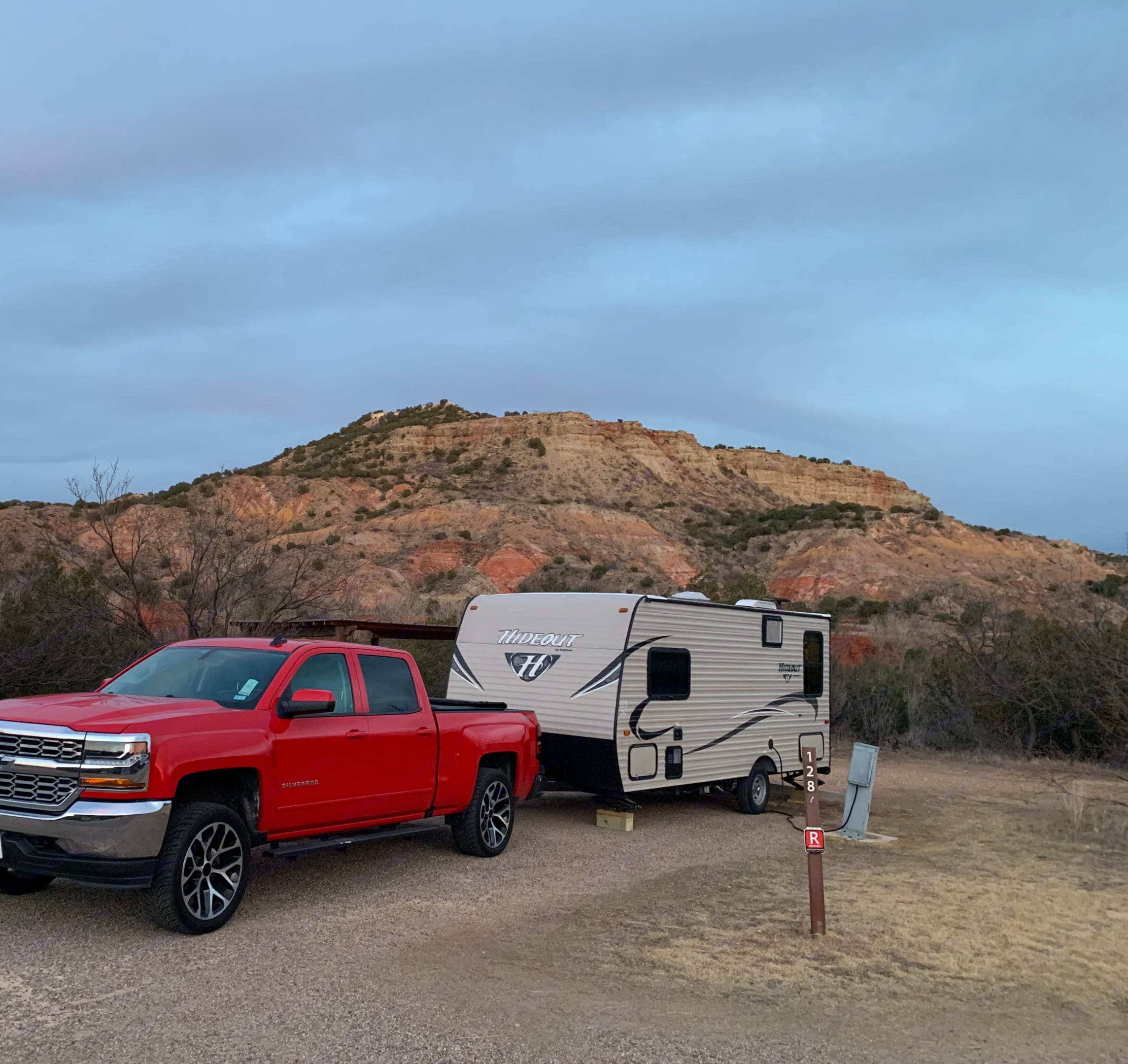 The rig is ready to go and ready for cold or hot weather camping!!!!. Keystone Hideout 2018