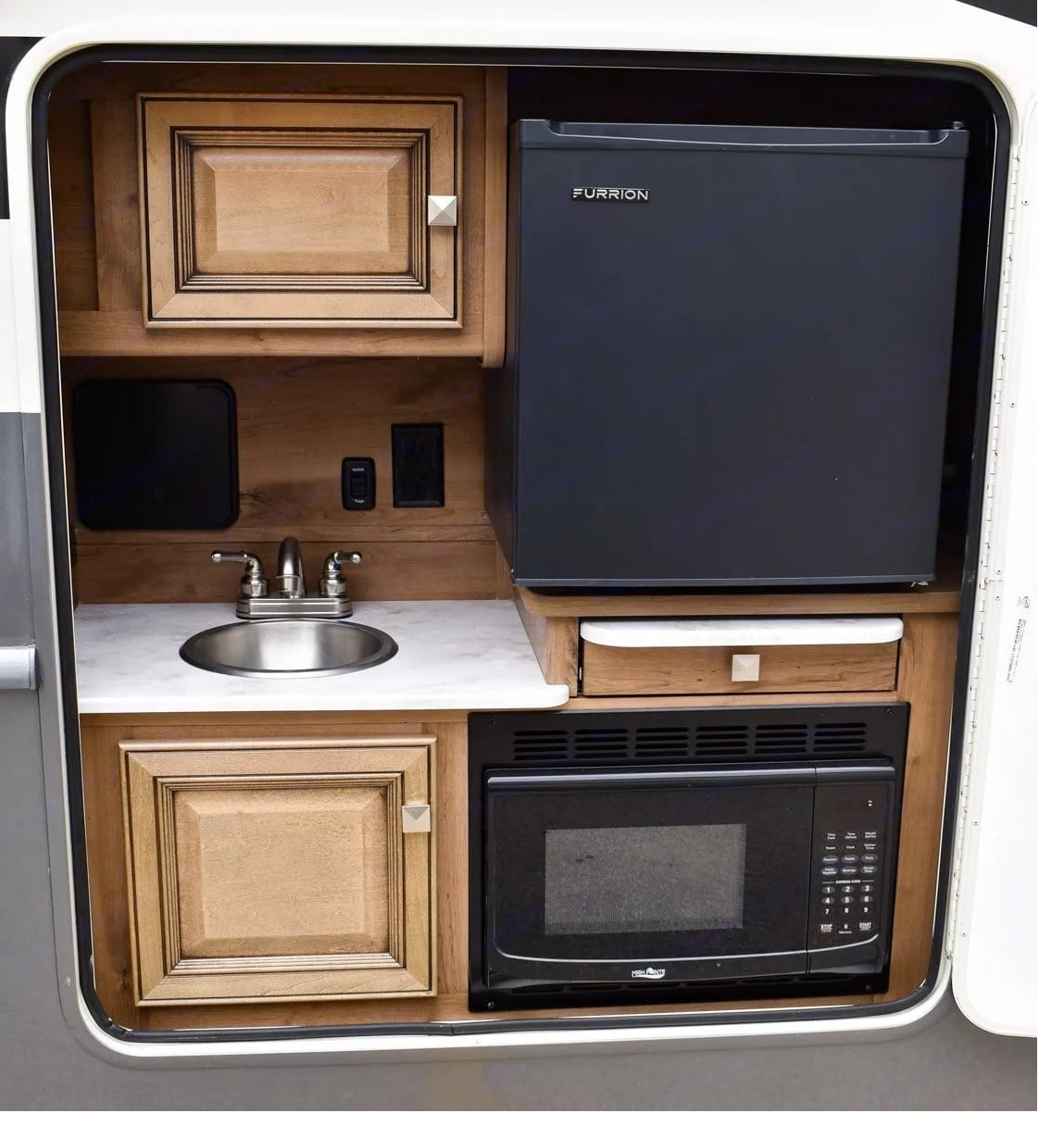 Outside kitchen comes with fridge, microwave and sink. Fleetwood Flair 2021