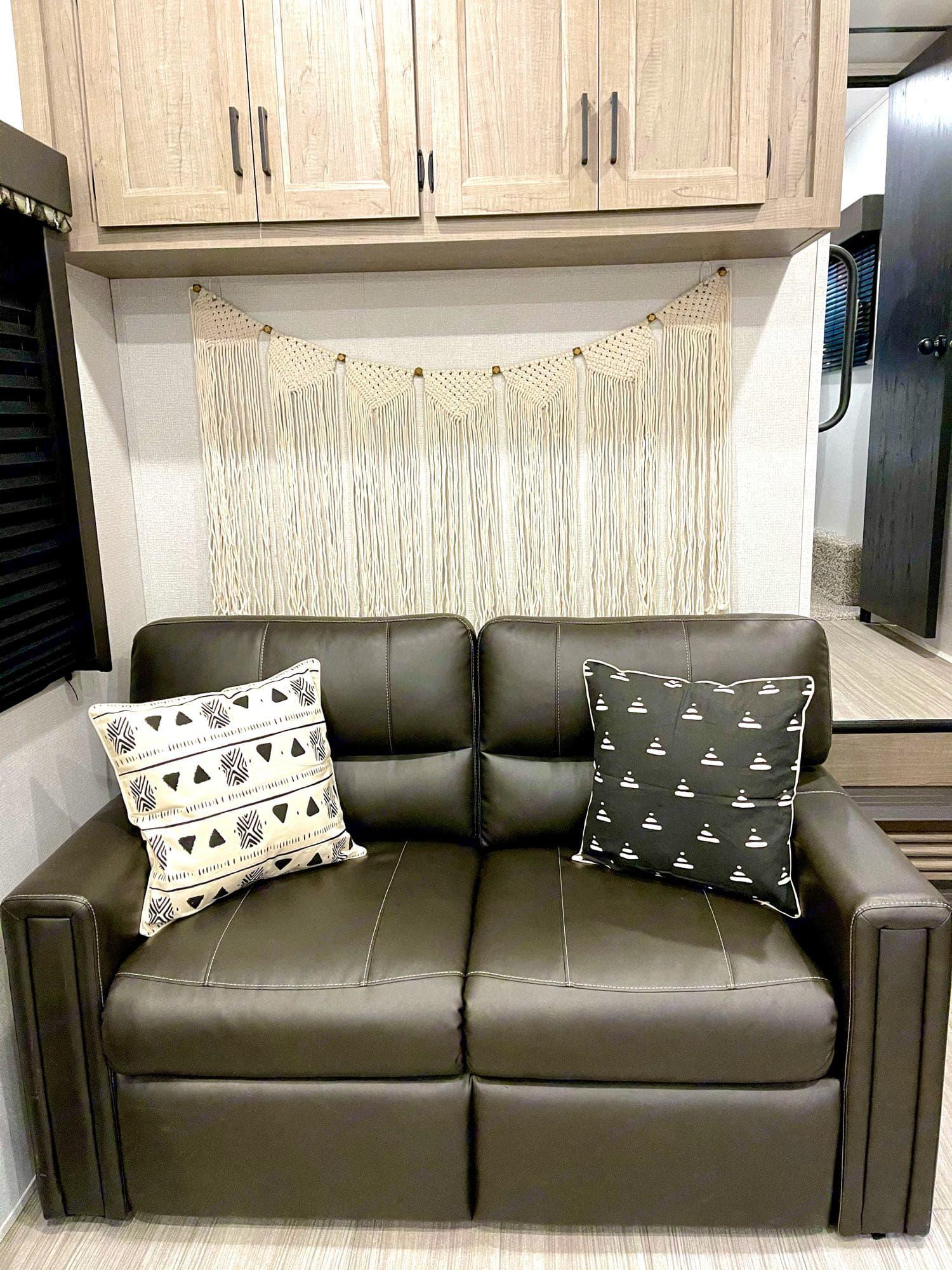 fold out sofa (sleeps 1-2). Keystone Hideout 2020