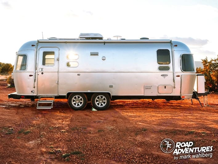 Airstream Flying Cloud 25FB Queen 2021