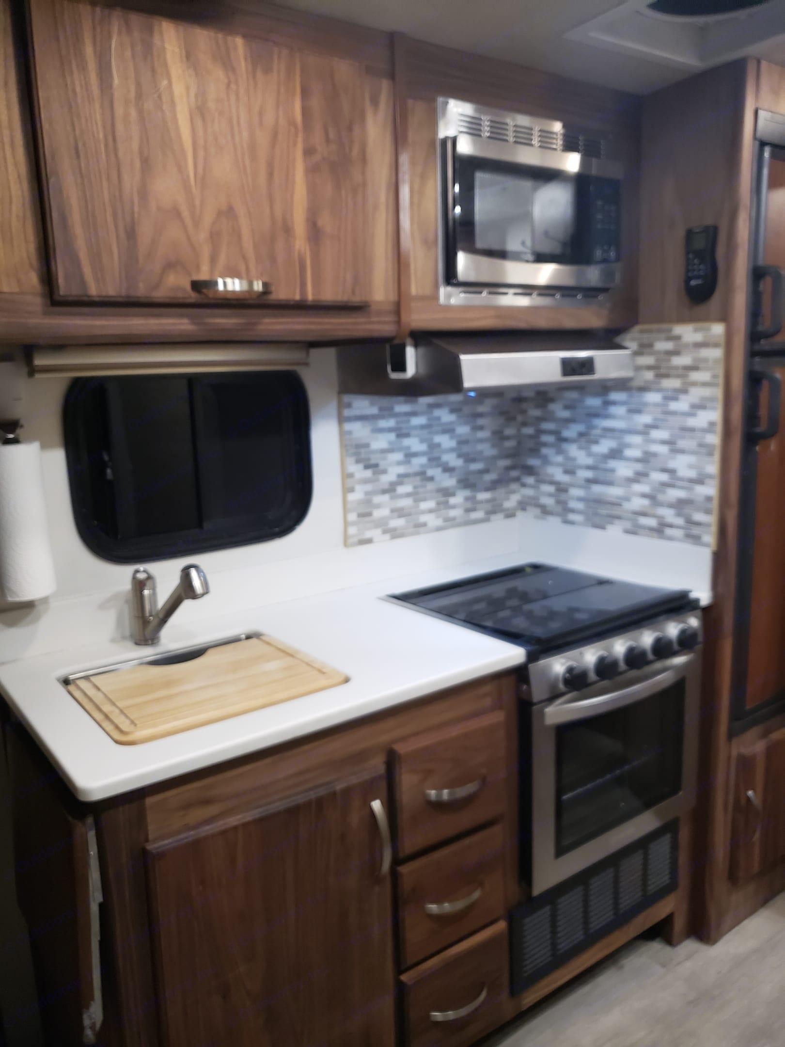 Brand New Kitchen. Fleetwood Tioga Ranger 2013