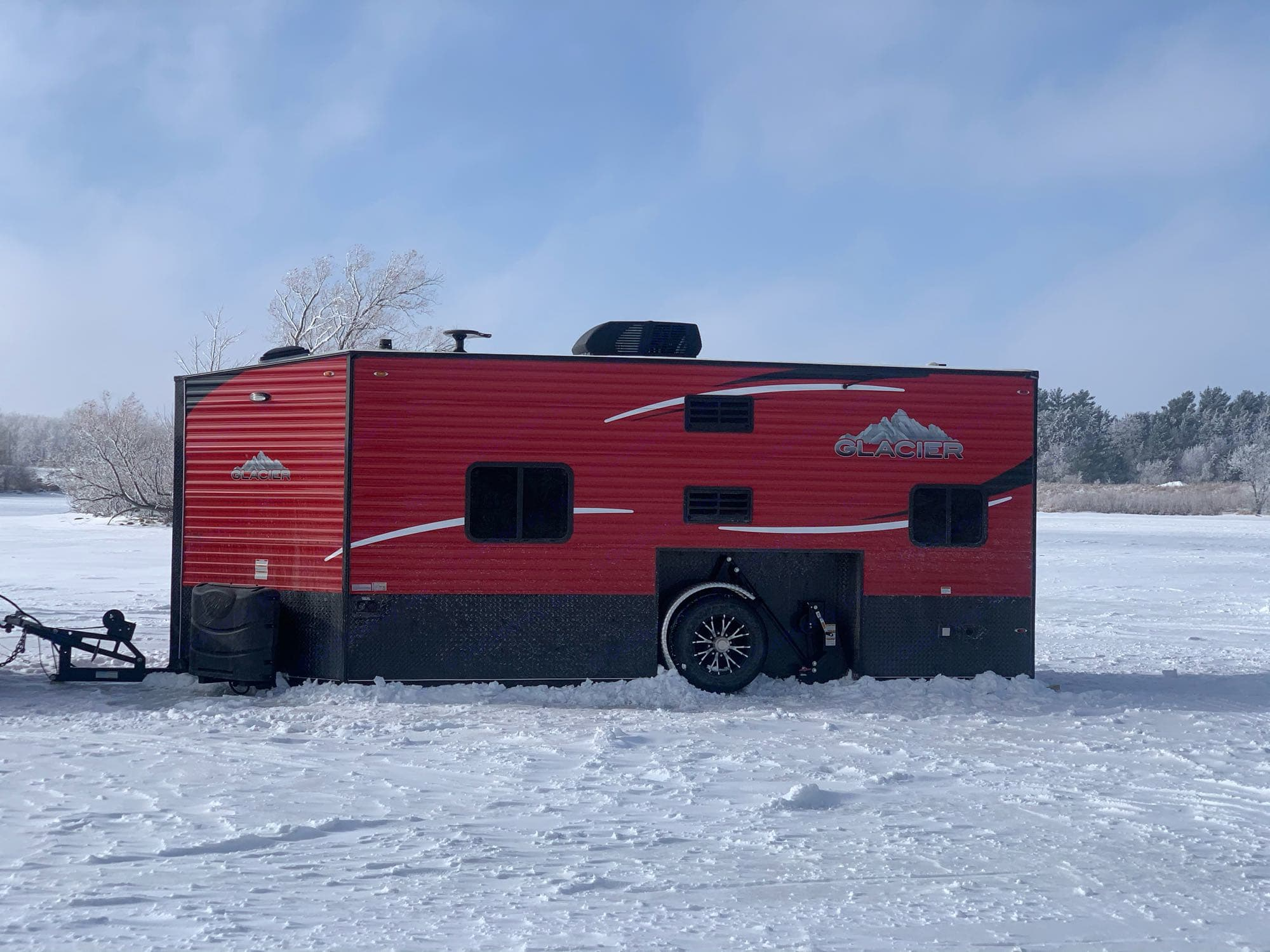 Glacier Ice House A817 RV 2019