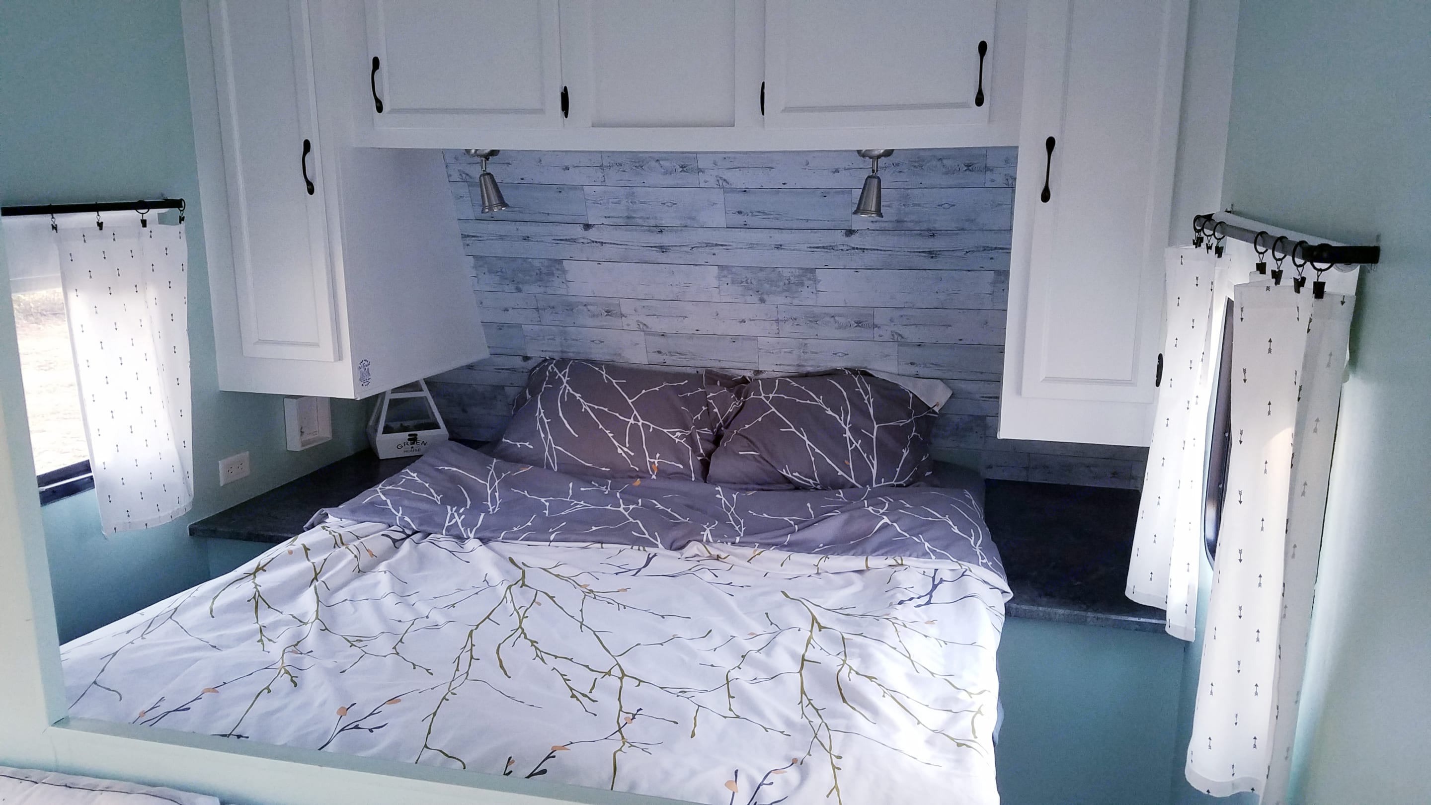 The bedroom with a new Queen Size Mattress. Starcraft Other 2011