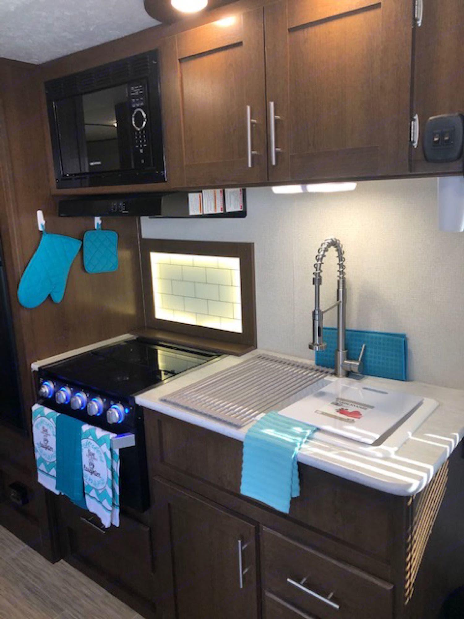 Kitchen area. Prime Time Avenger 2019
