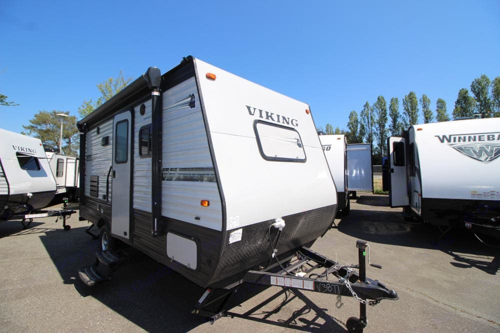 Power awning. Forest River Viking 2020