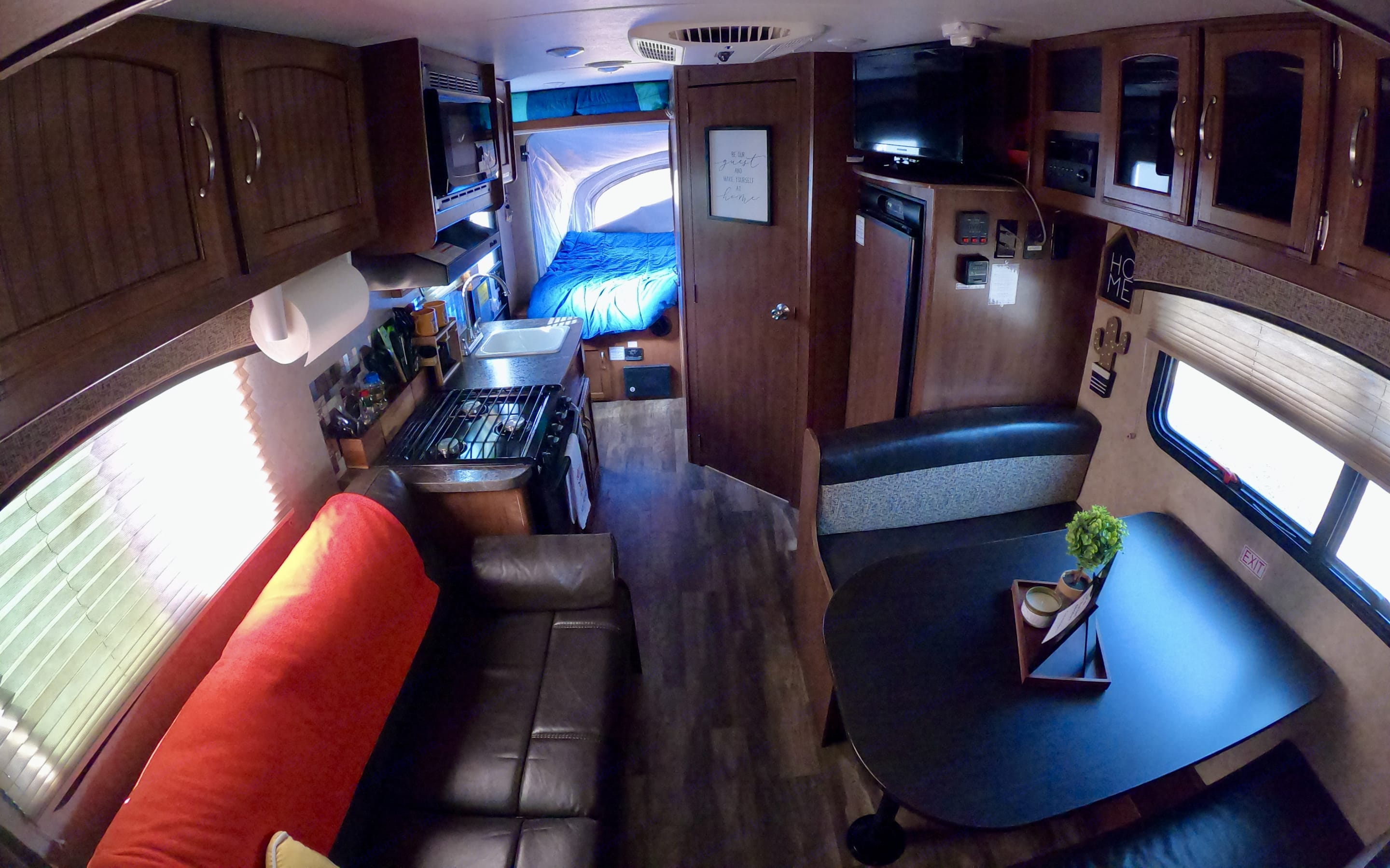 Couch and Dinette turn into small sleeping areas. Great for extra kid sleeping spaces. linens and blankets not included but are an add on option.. Jayco Jay Feather 2017
