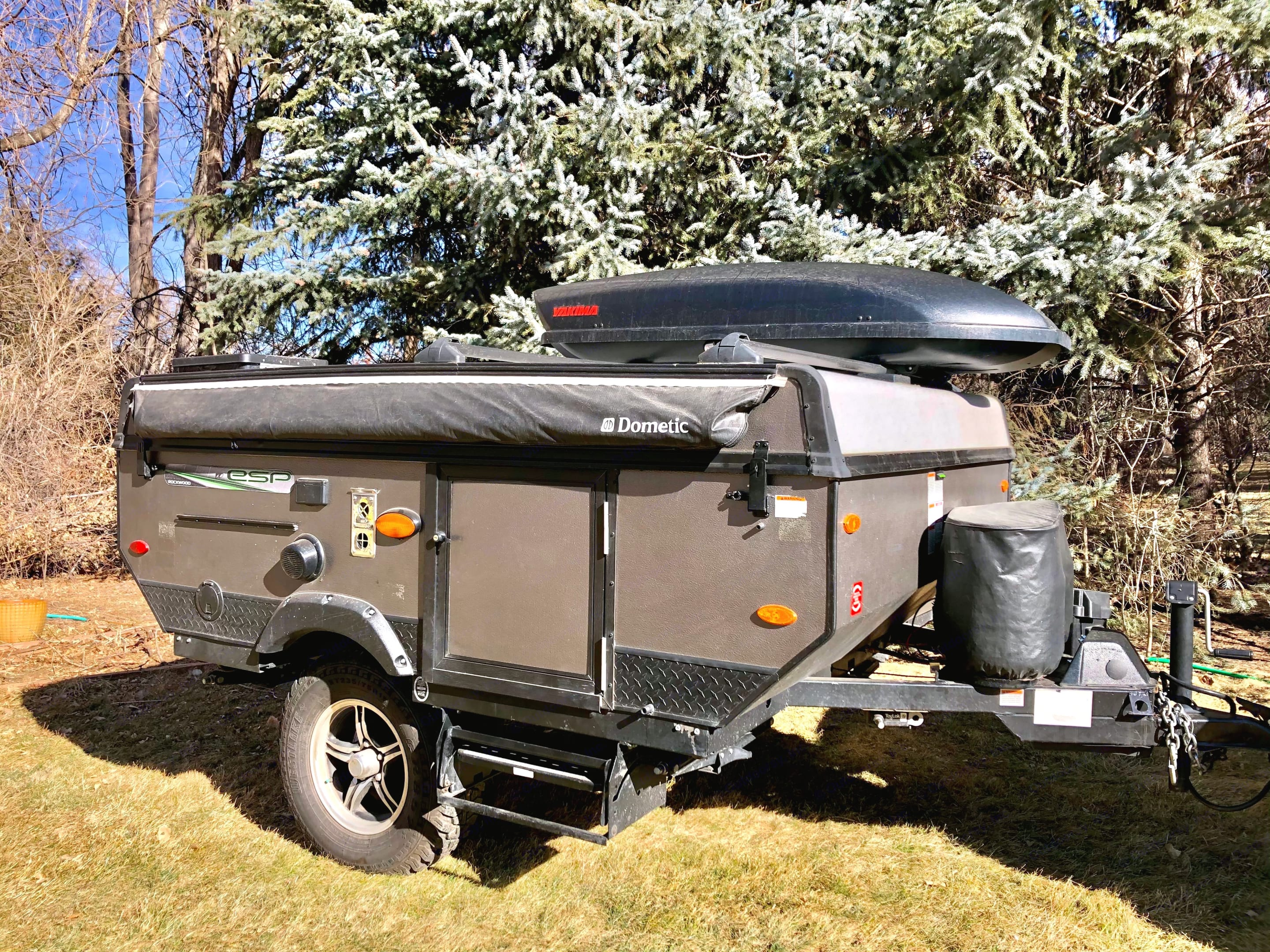 Features 2 Propane Tanks = 40 Gallons Total for long excursions.. Forest River Rockwood Freedom 2018