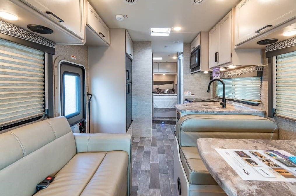 Main Cabin. Thor Motor Coach Chateau 2021