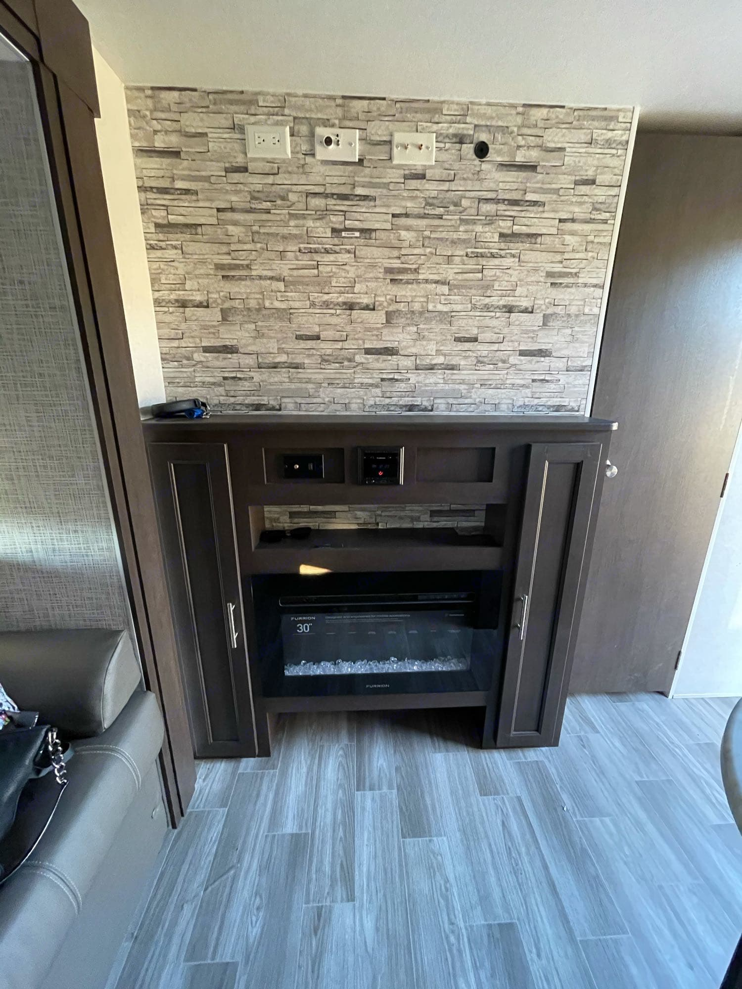 fire place. Forest River Salem Cruise Lite 2020